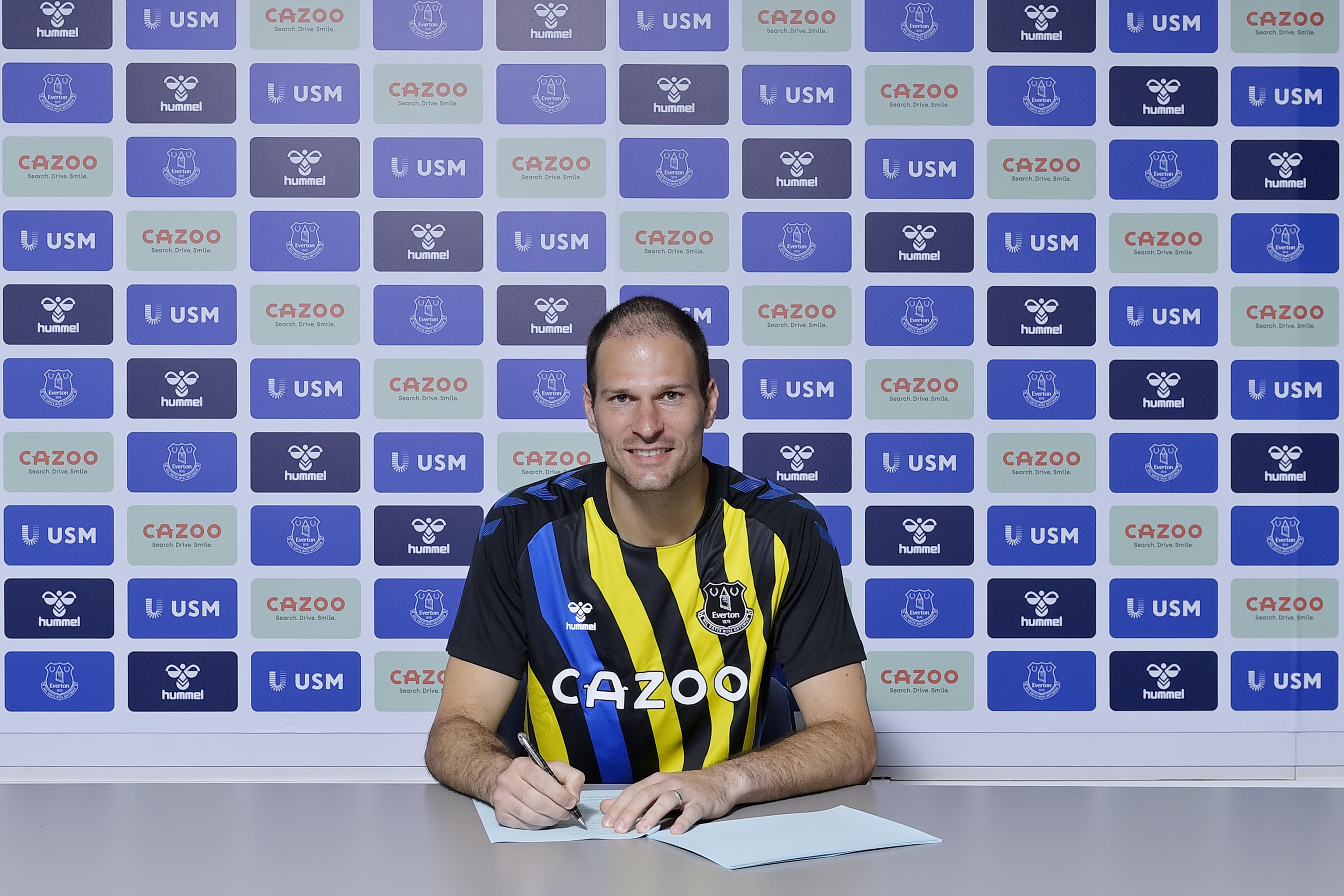 Everton Unveil New Signing Asmir Begoviv