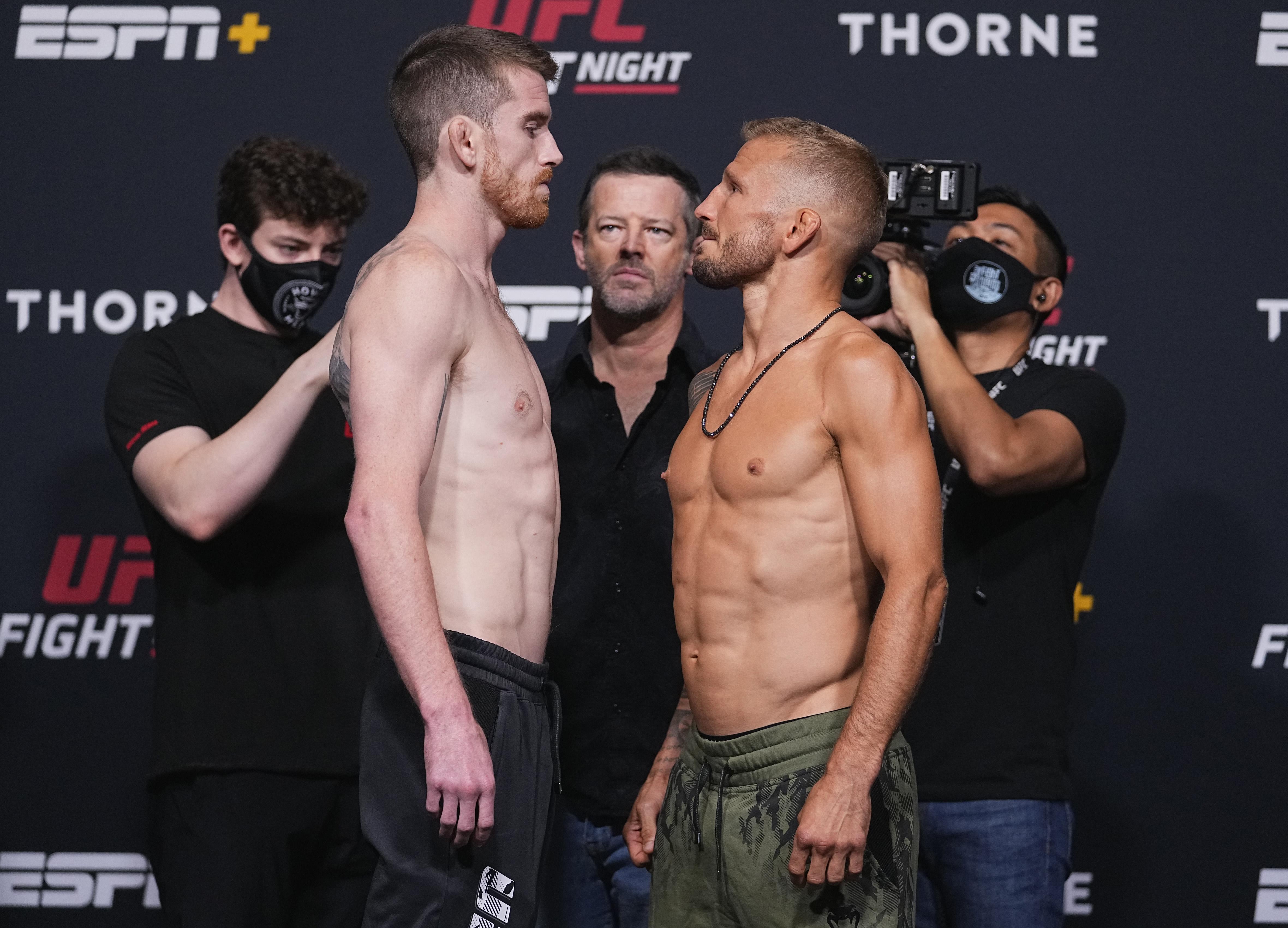 Corey Sandhagen和tj Dillashaw在UFC拉斯维加斯32