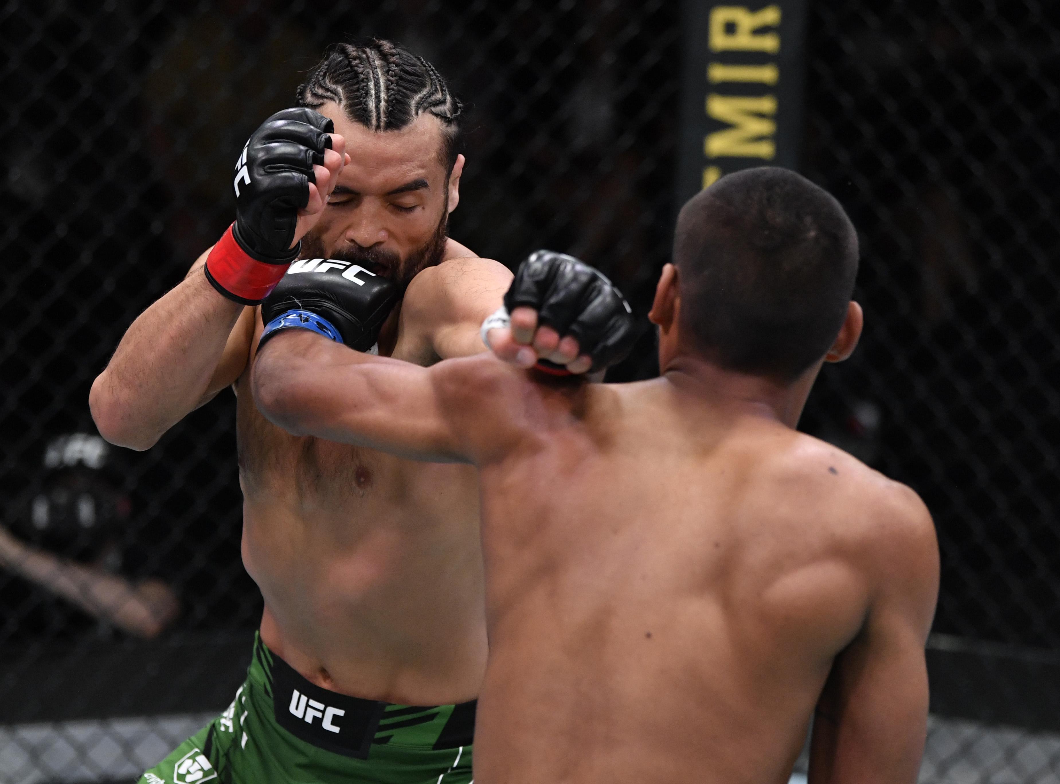 Raulian Paiva defeated Kyler Phillips at UFC Vegas 32.