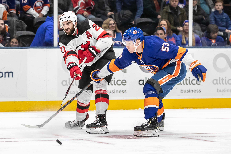 NHL: JAN 17 Devils at Islanders