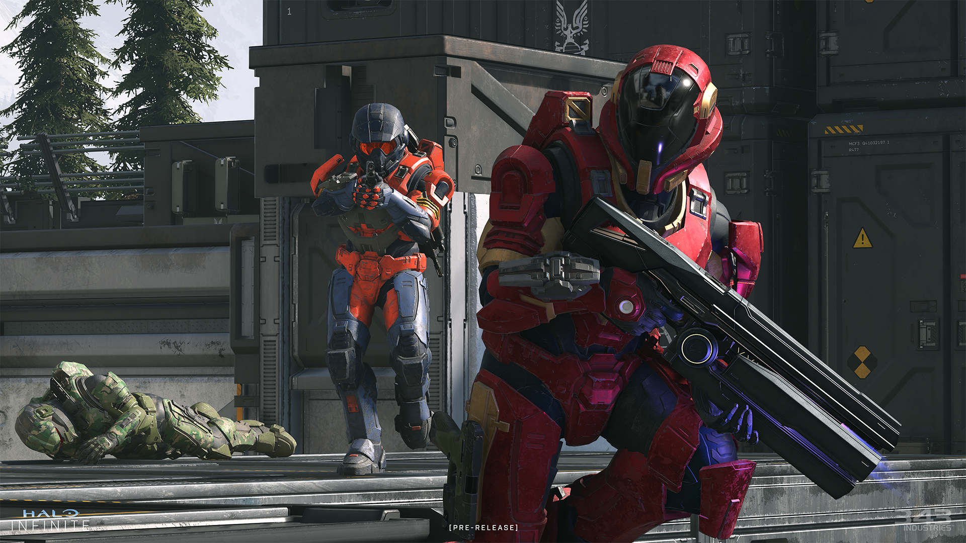 Two Spartans battling in Halo Infinite multiplayer