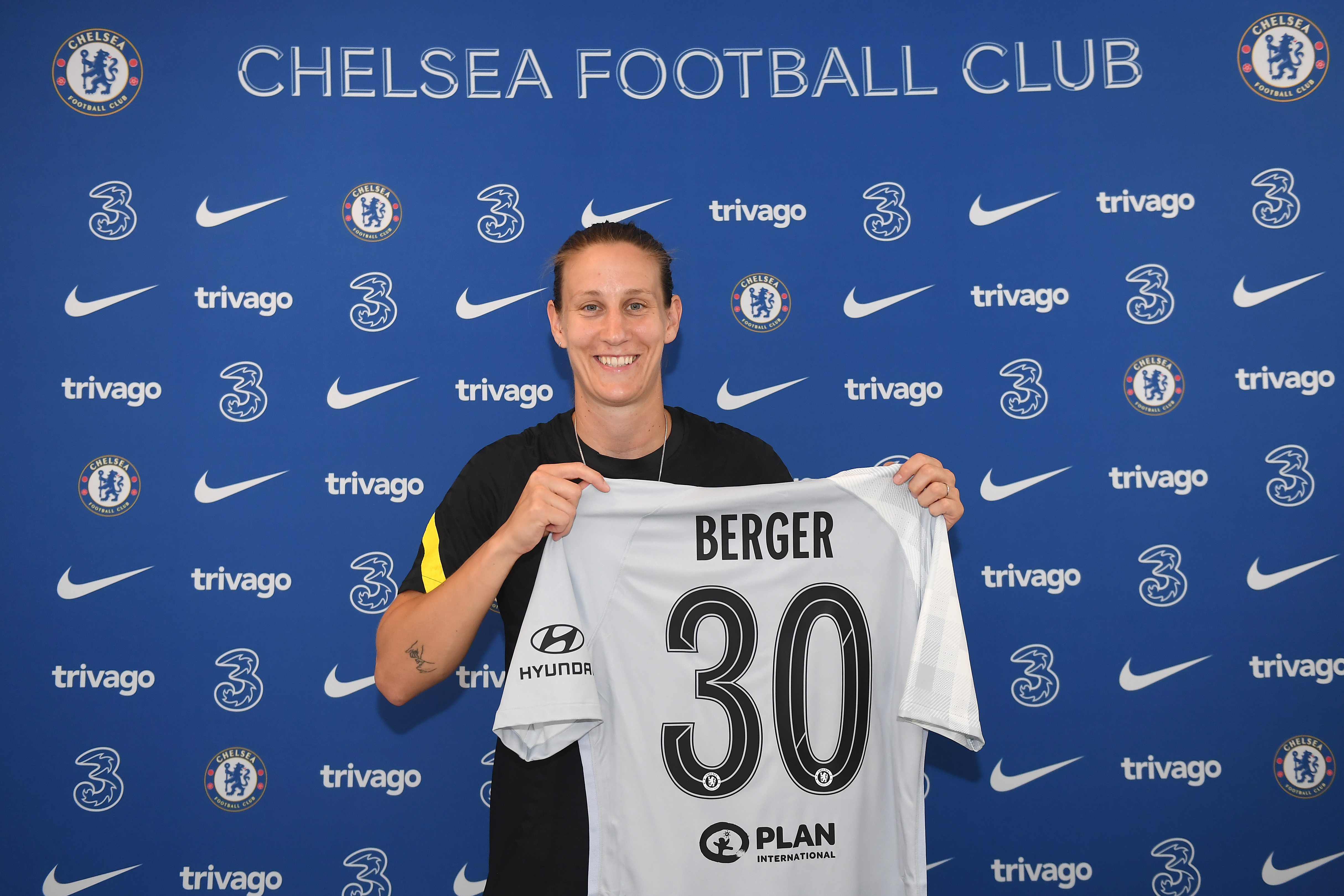 Ann-Katrin Berger Signs Contract Extension With Chelsea Women