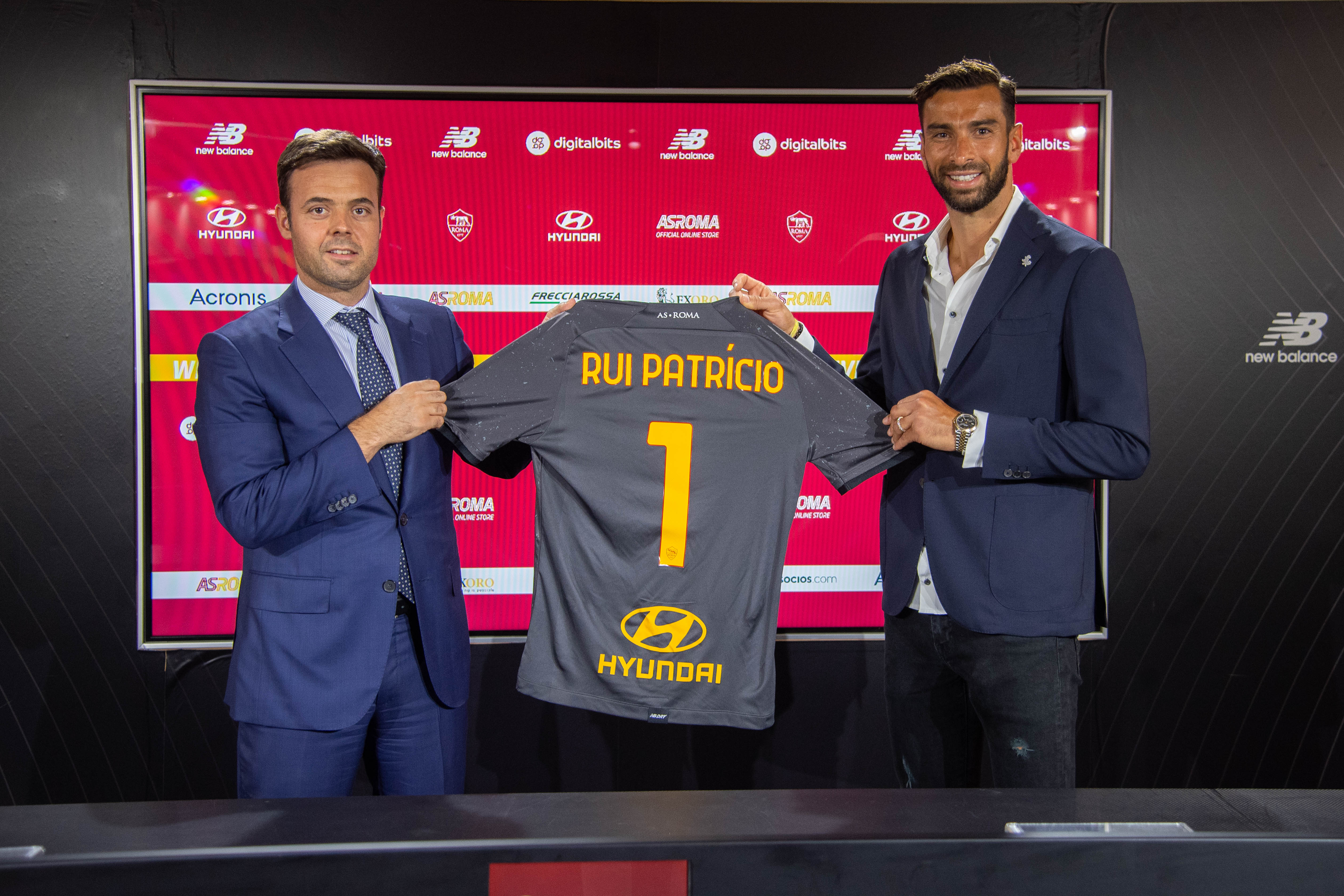 AS Roma New Signing Rui Patricio Arrives In Rome