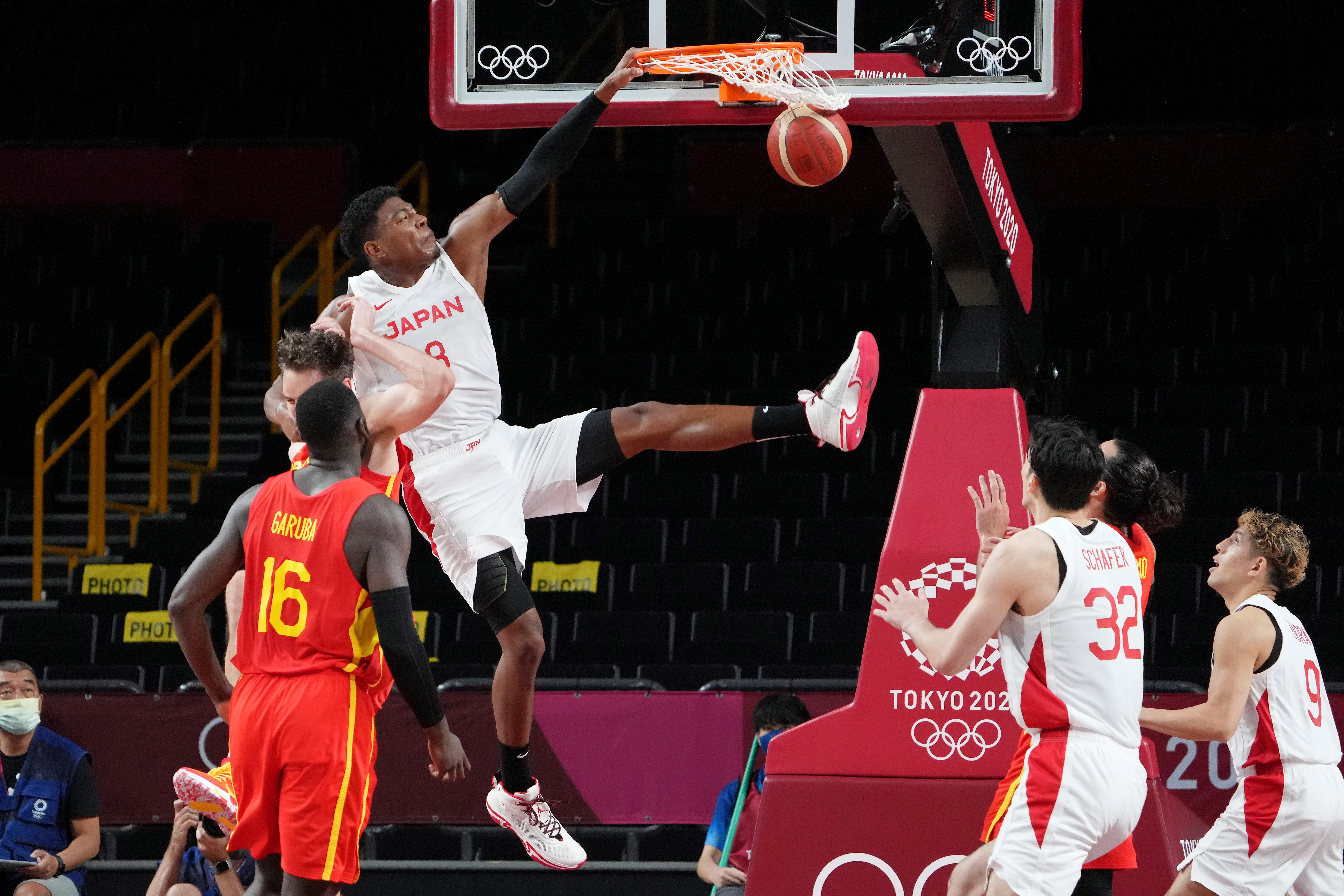 Olympics: Basketball-Men Group C - JPN-ESP