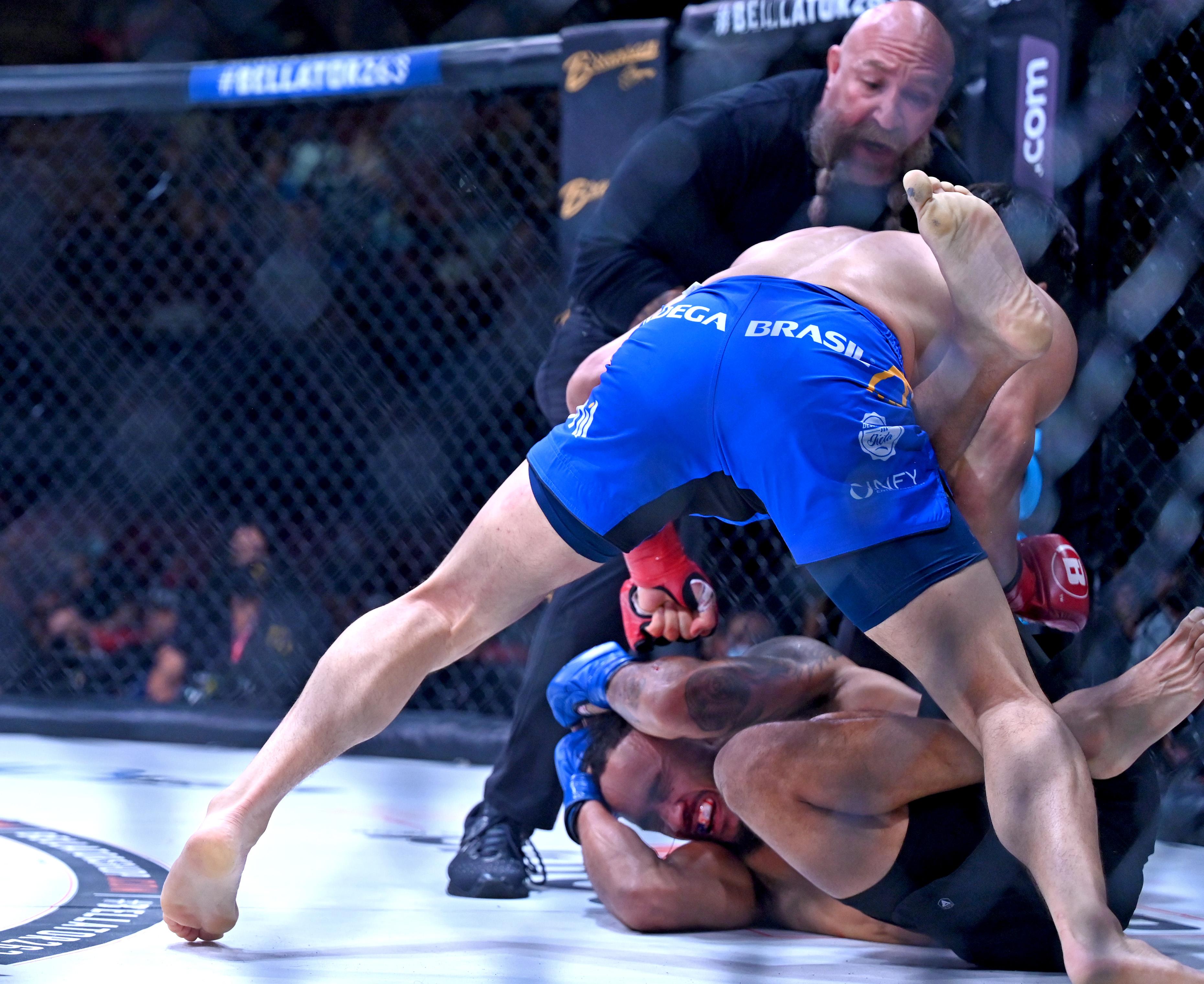 Goiti Yamauchi TKO'd Chris Gonzalez at Bellator 263