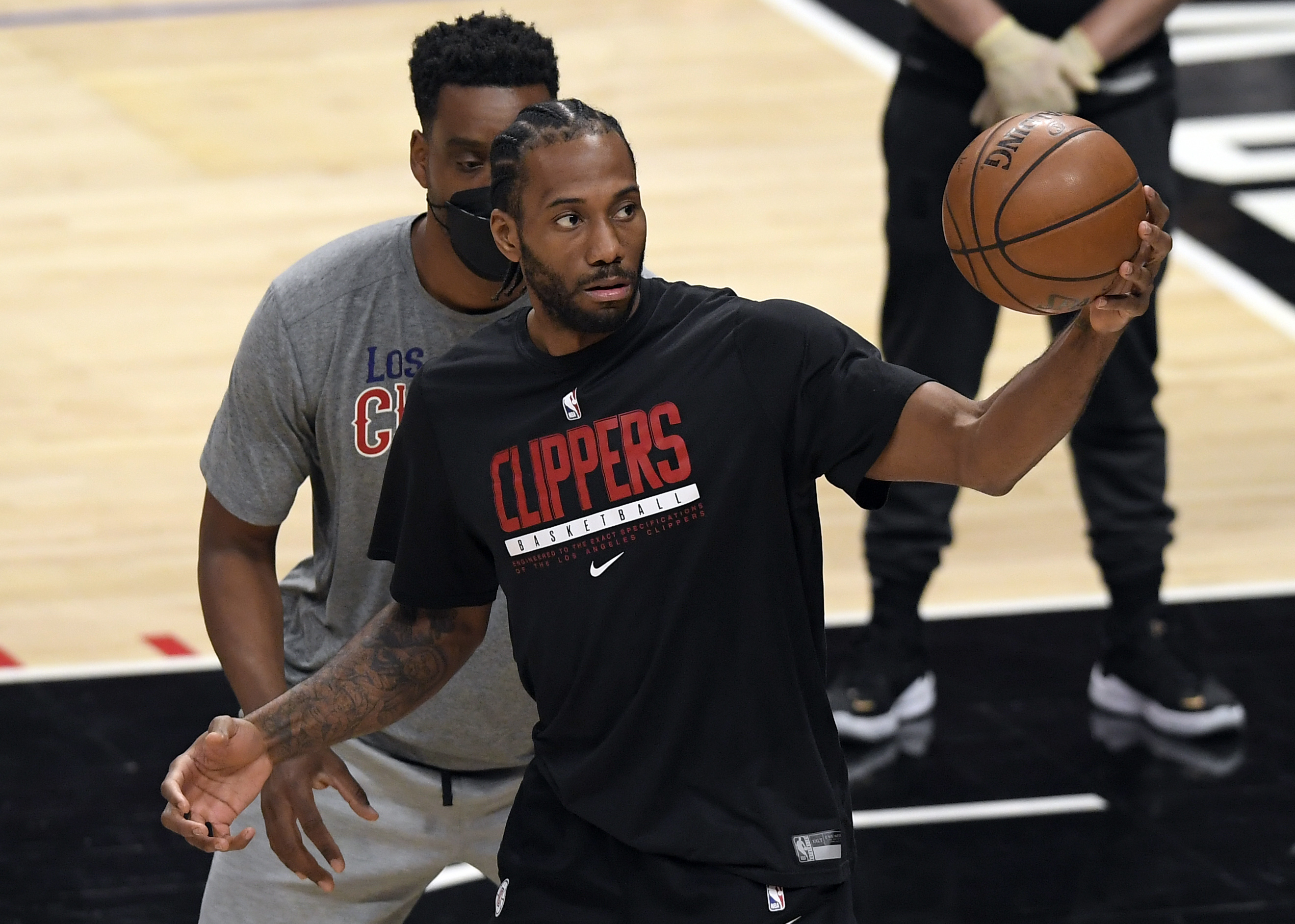 Kawhi Leonard of the Los Angeles Clippers warms up before the start of Game Four of the Western Conference second-round playoff series against Utah Jazz at Staples Center on June 14, 2021 in Los Angeles, California.
