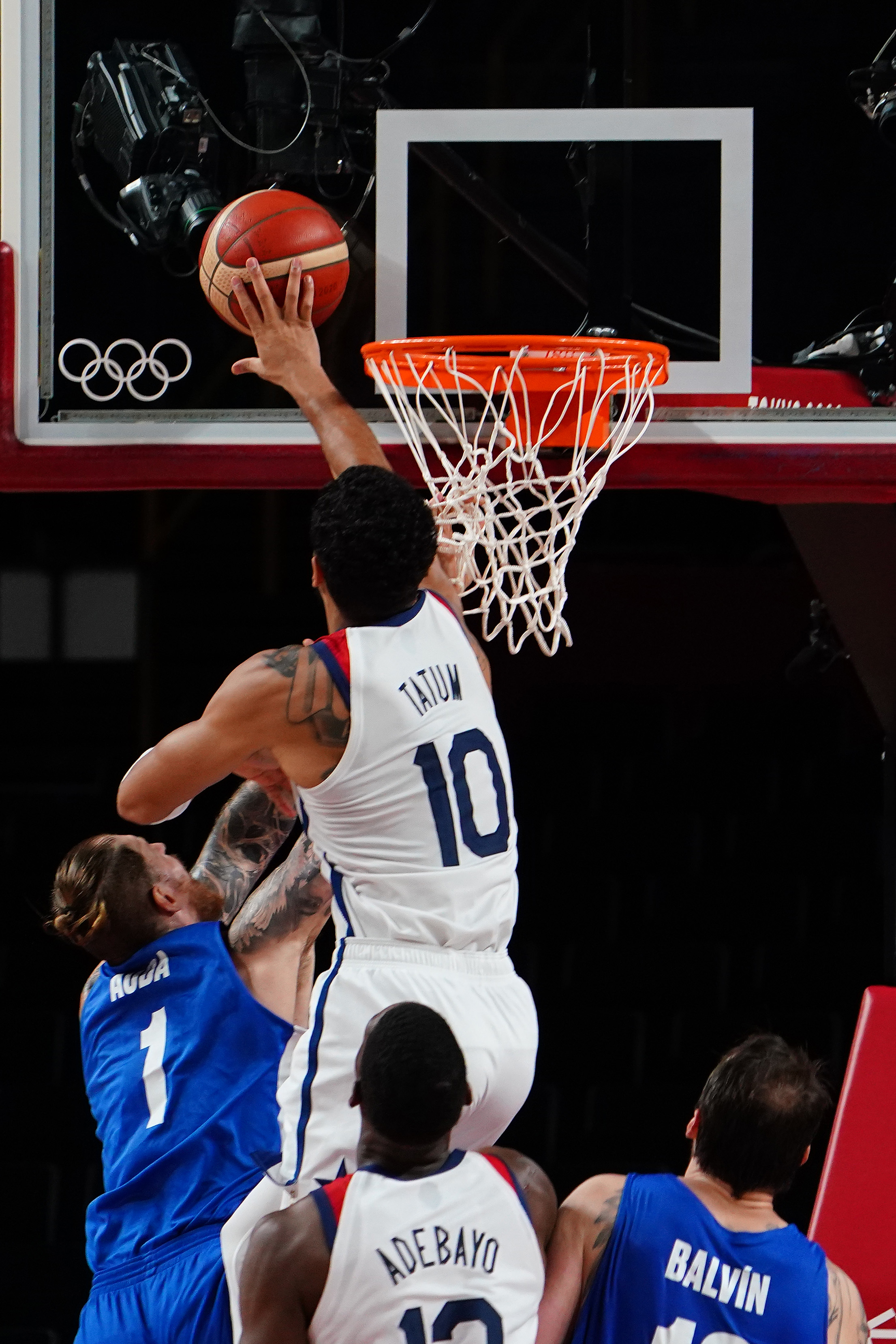 Olympics: Basketball-Men Group A - USA-CZE