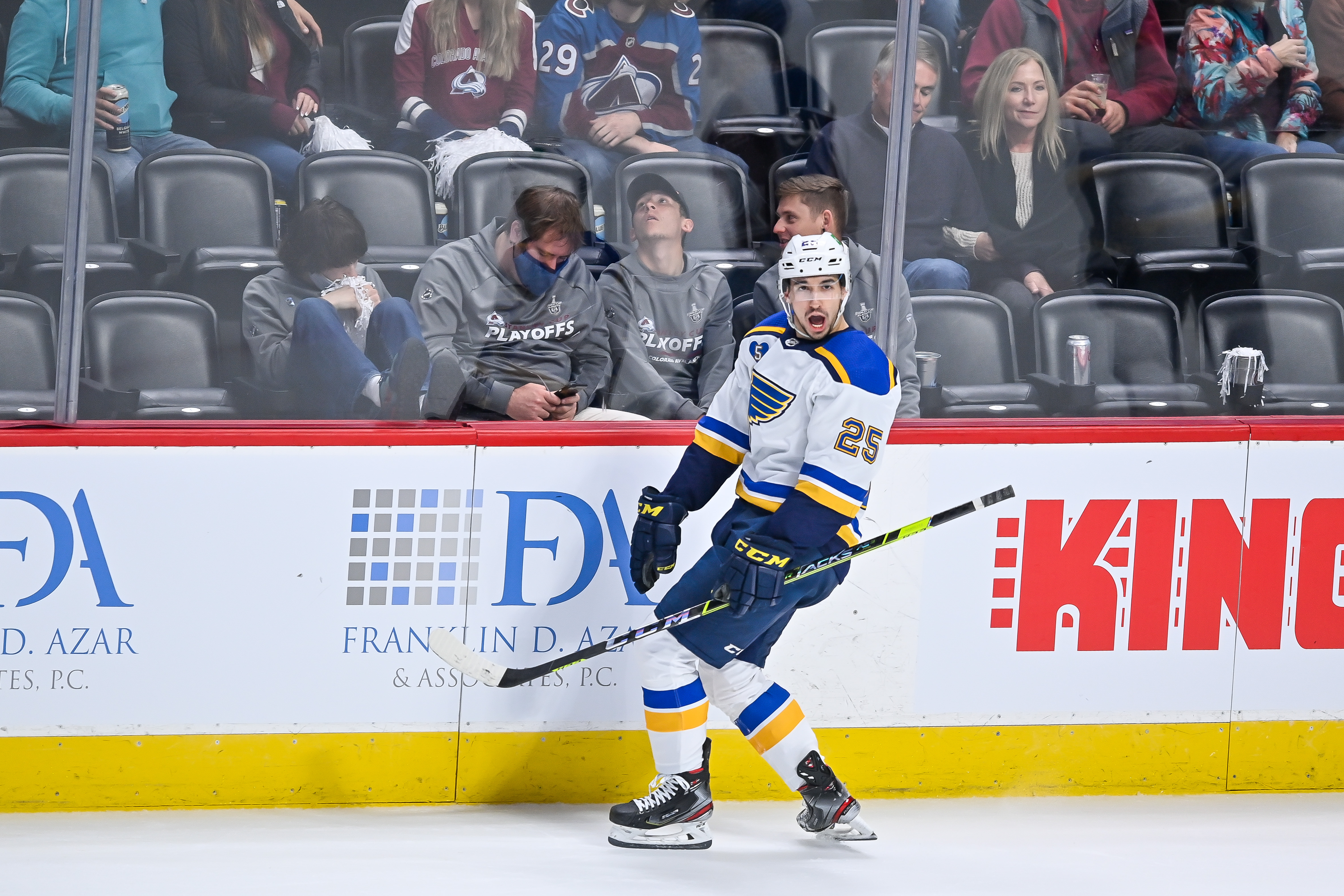 NHL: MAY 17 Stanley Cup Playoffs First Round - Blues at Avalanche