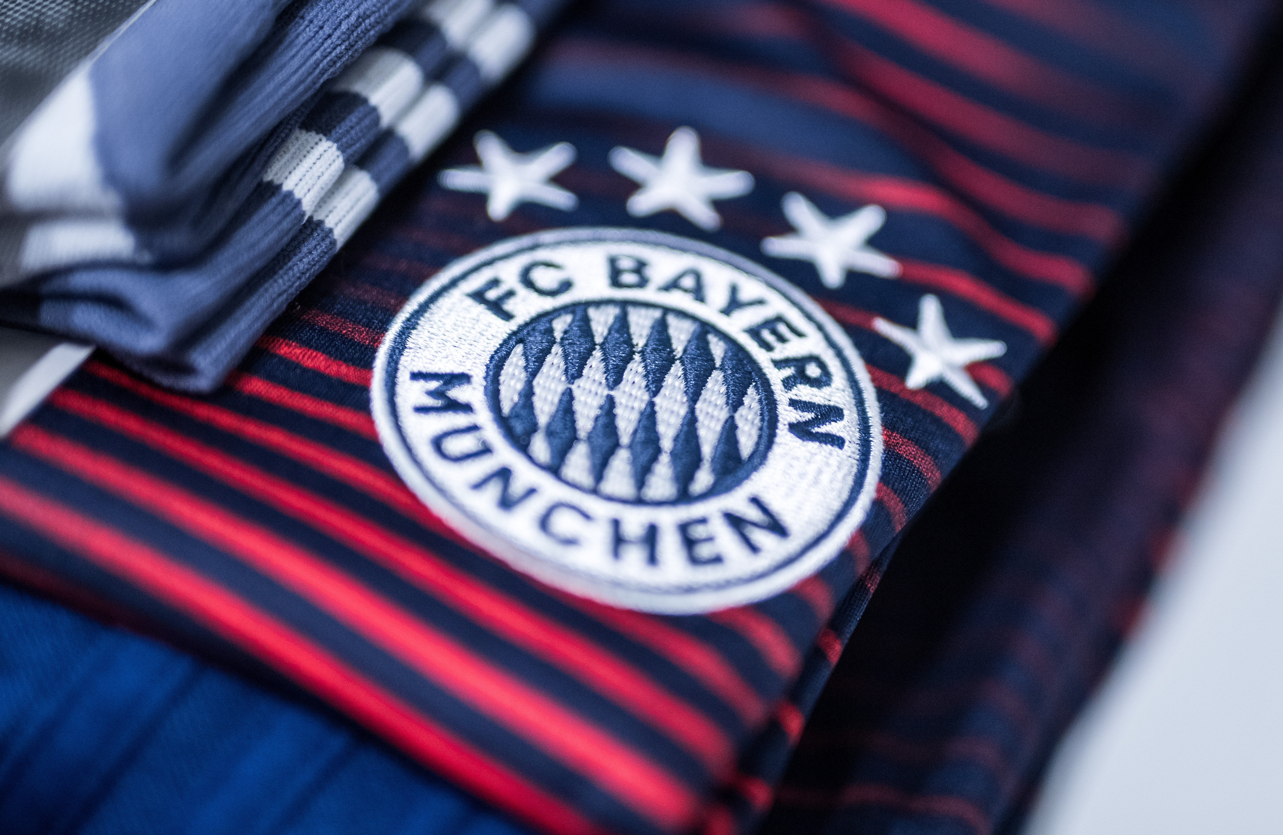 Ajax v FC Bayern Muenchen - UEFA Champions League Group E