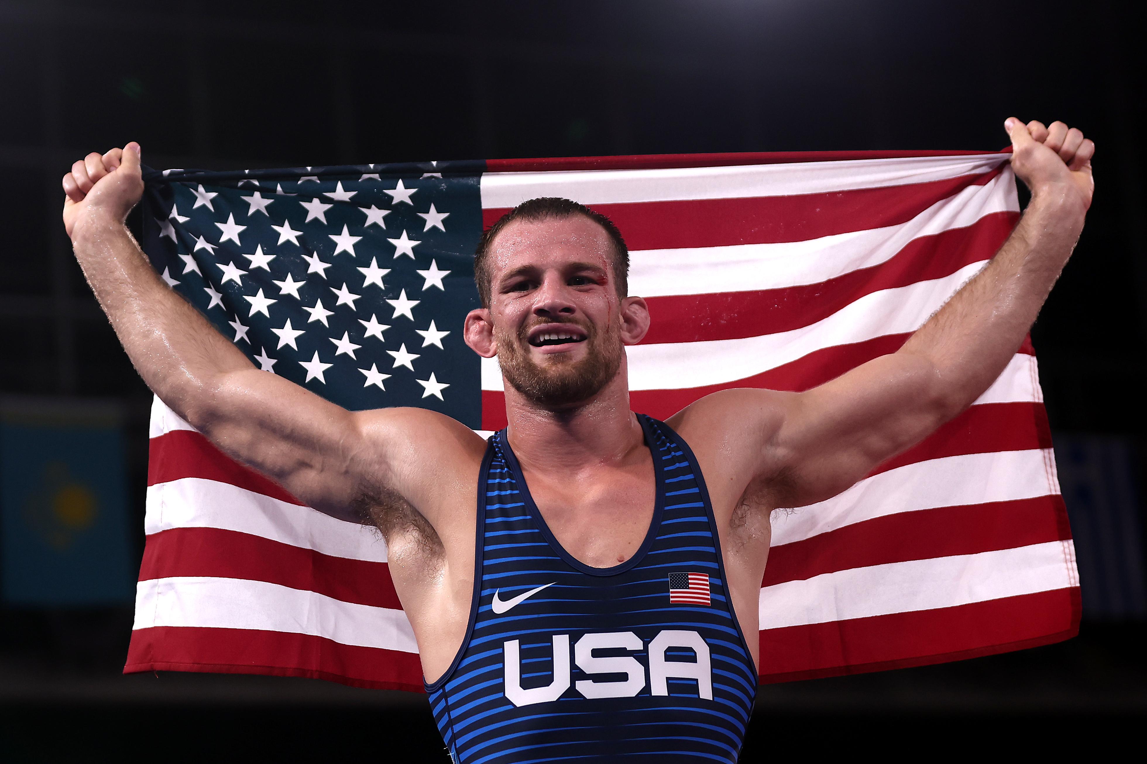 摔跤-奥运会:第13天