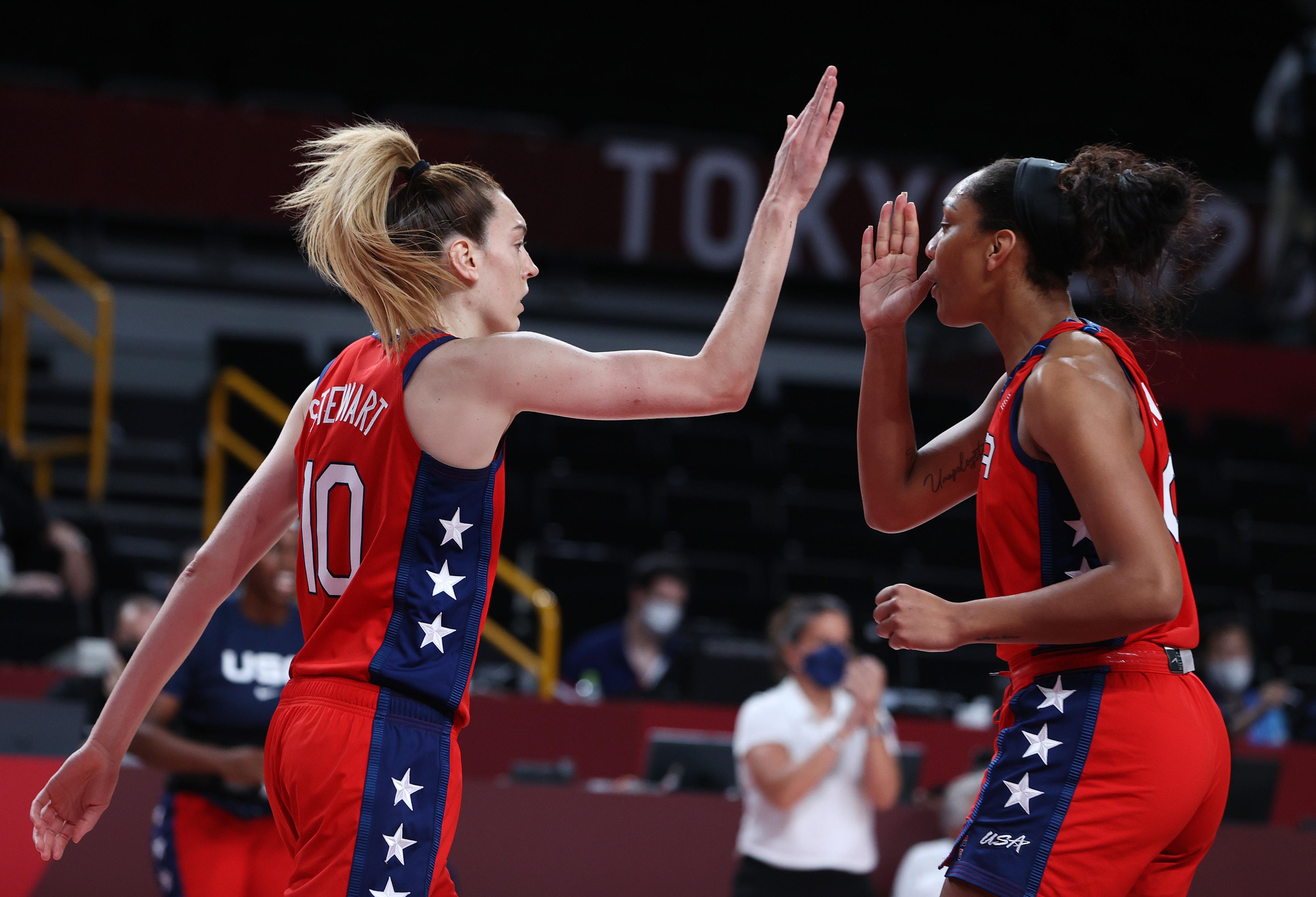 Australia v United States Women's Basketball - Olympics: Day 12
