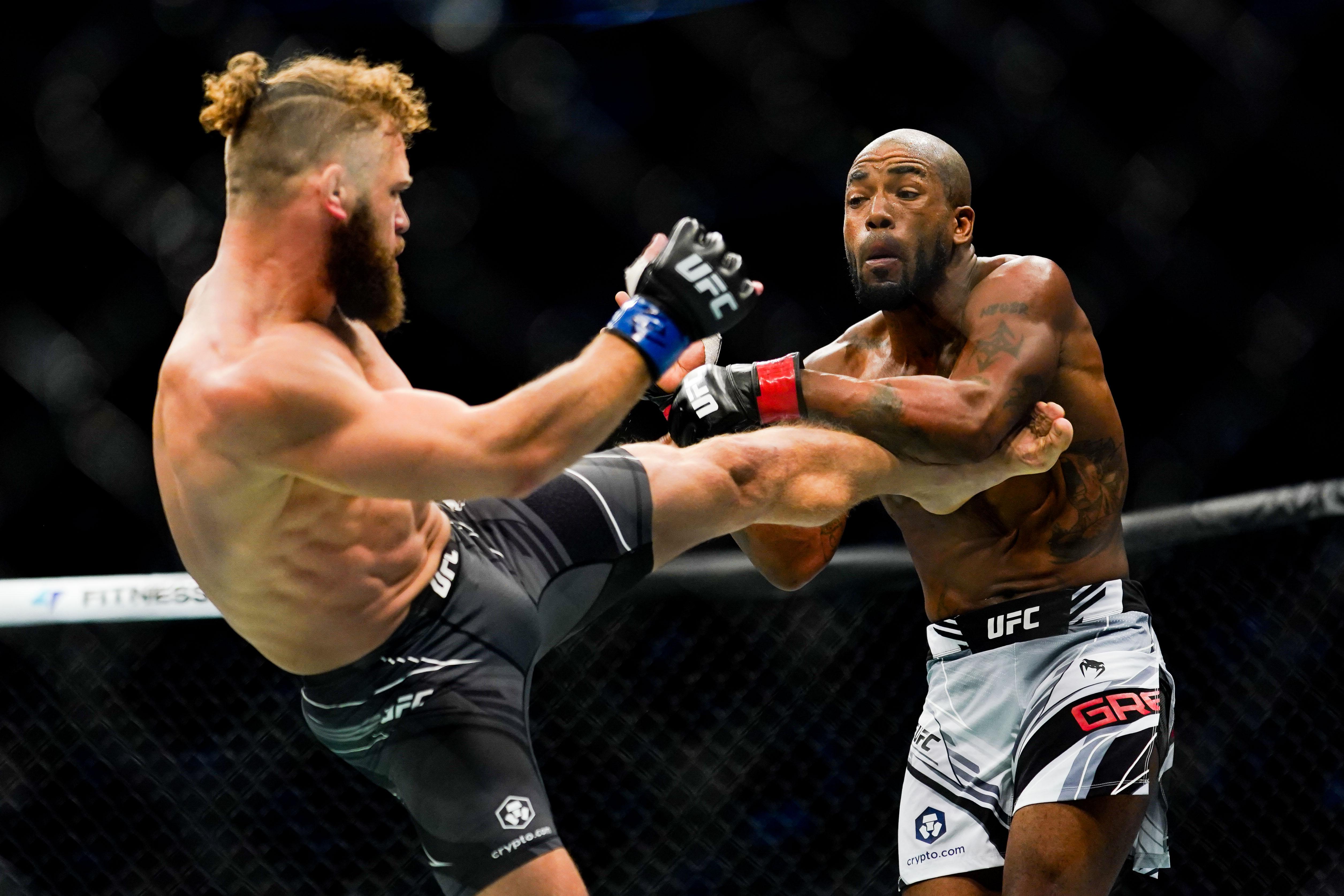 UFC 265: Bobby Green v Rafael Fiziev