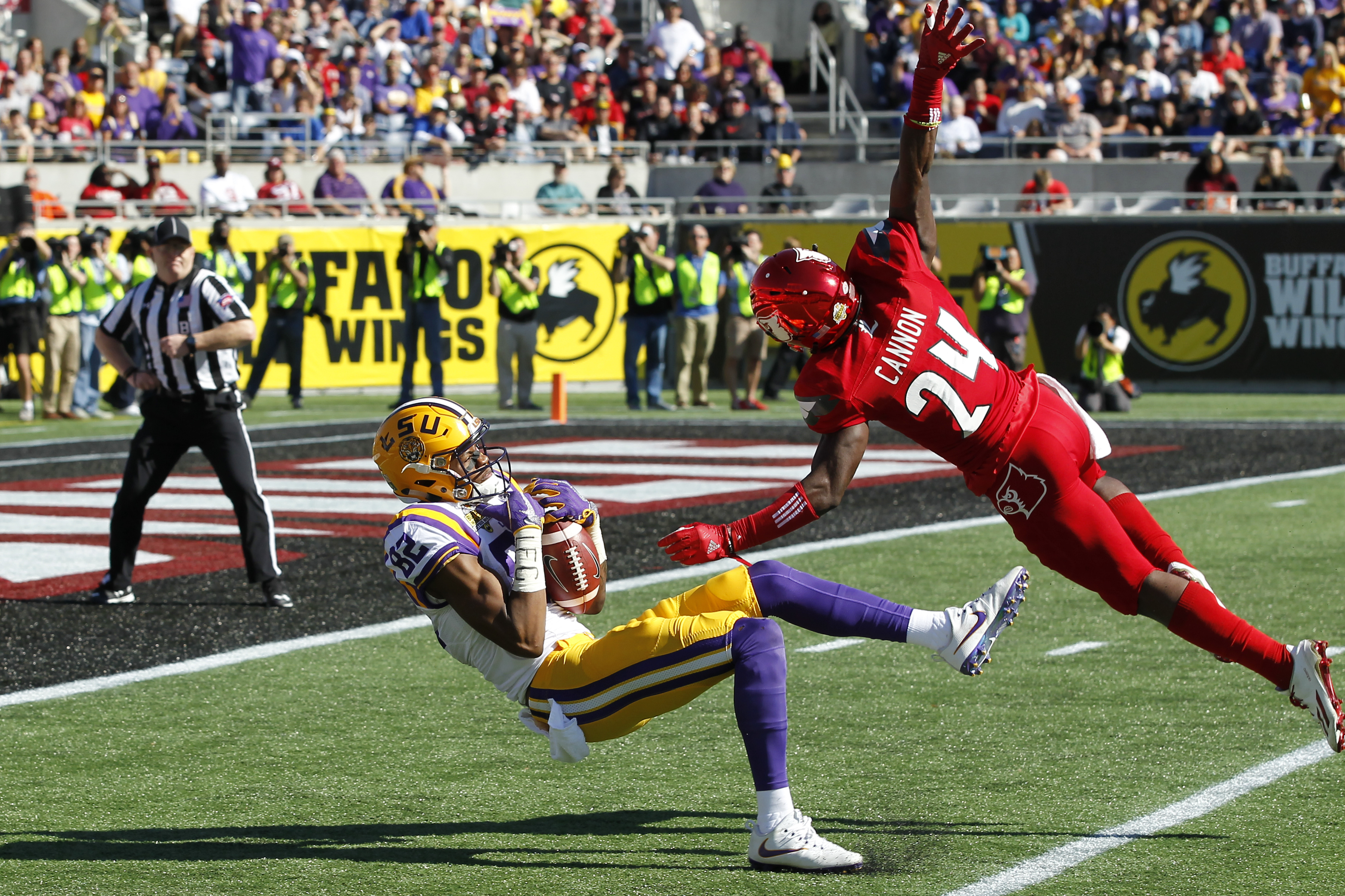 NCAA FOOTBALL: DEC 31 Citrus Bowl - LSU v Louisville