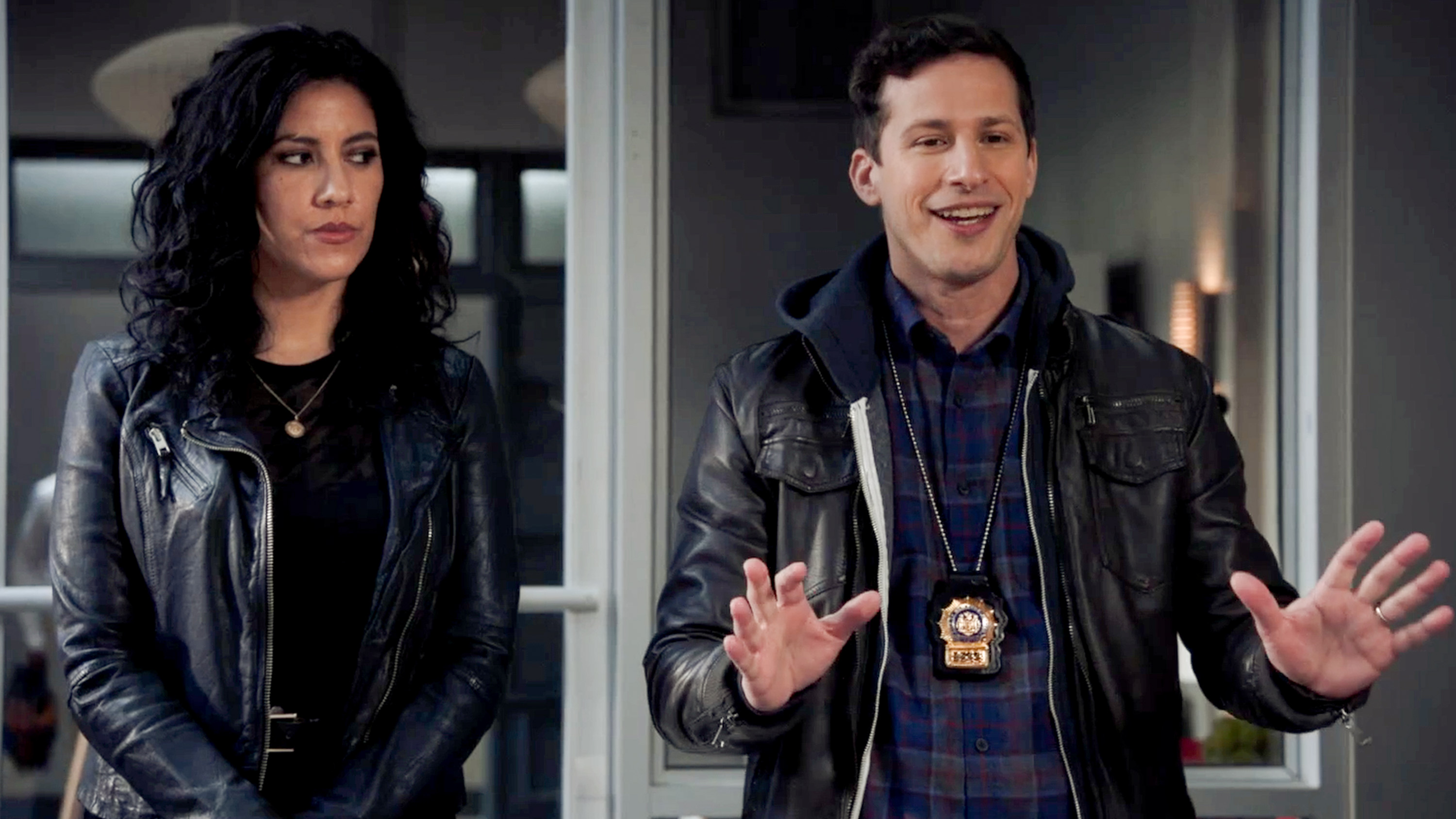 Rosa and Jake interrogate a suspect, as Jake tries to make a point.