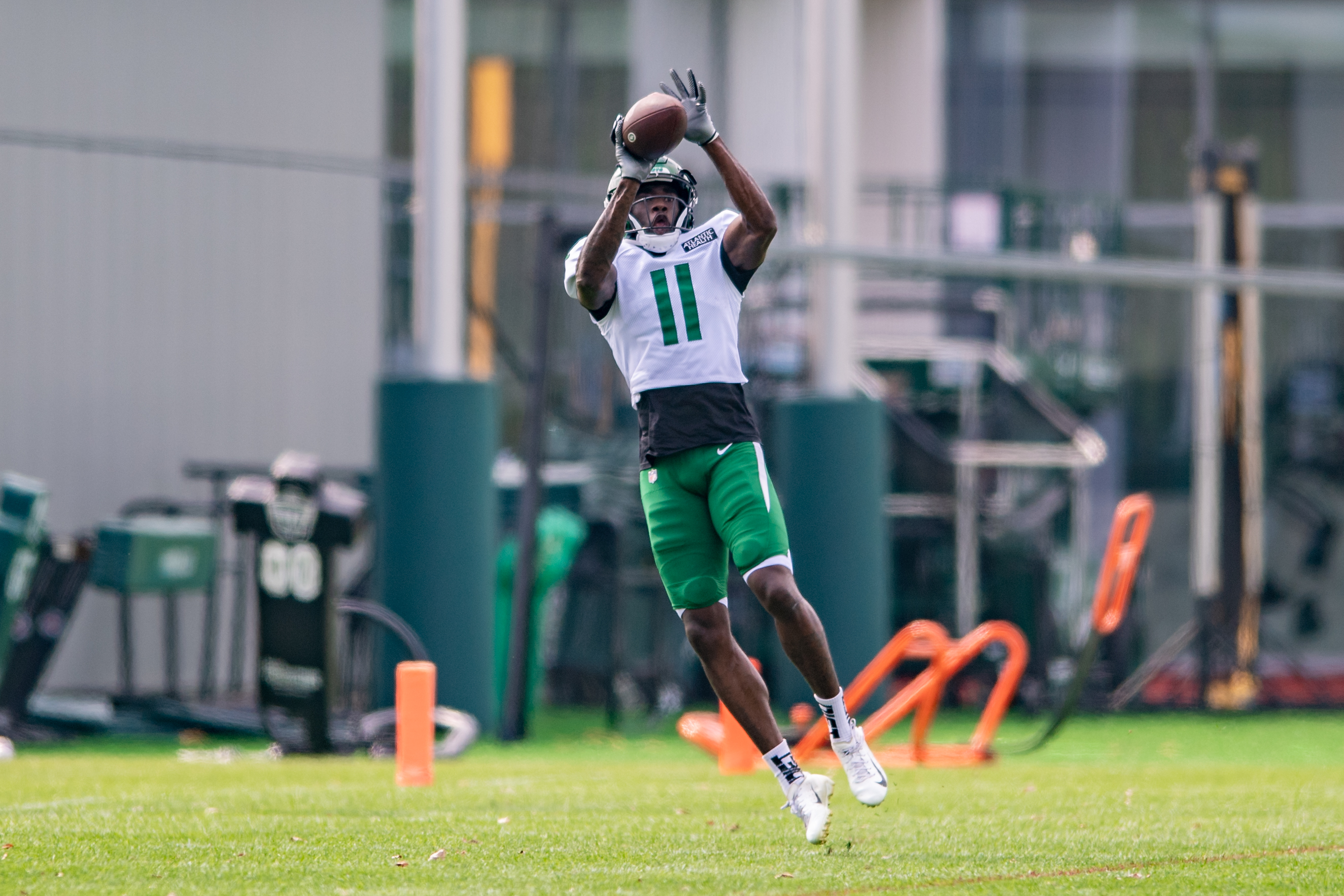 New York Jets wide receiver Denzel Mims (11) catches a pass during New York Jets training camp on August 10, 2021 at the Atlantic Health Training Center in Florham Park, NJ
