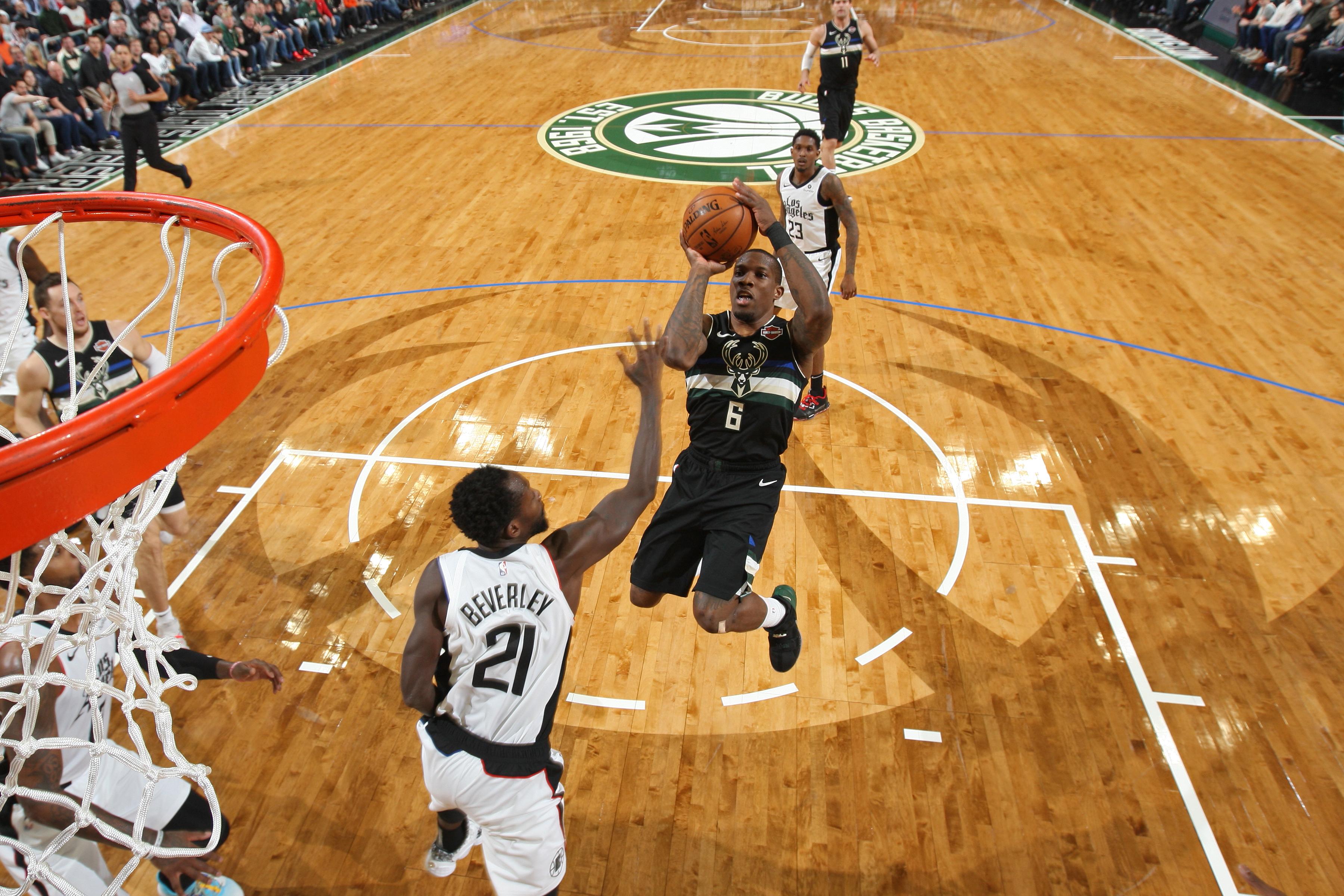LA Clippers v Milwaukee Bucks