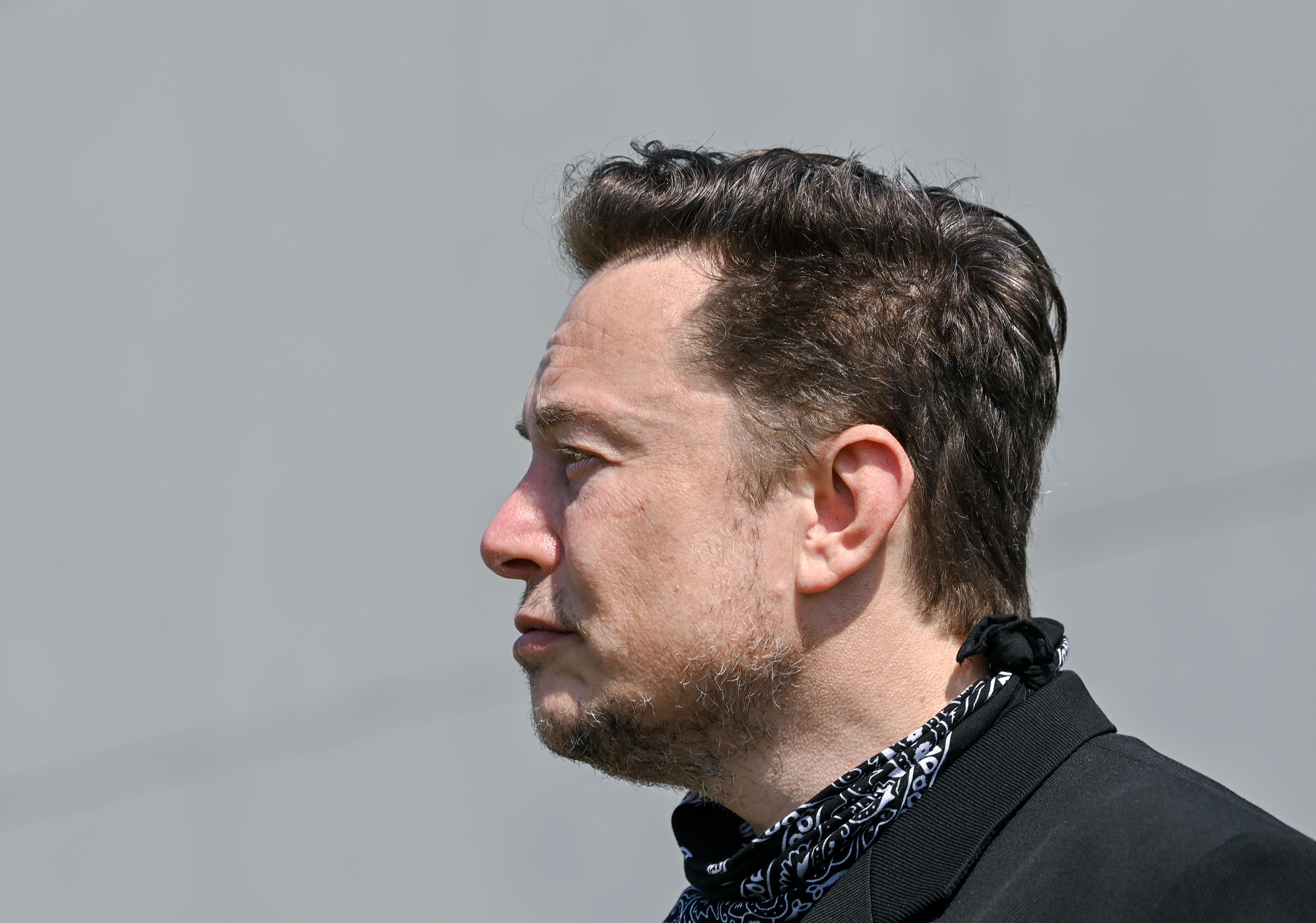 Tesla Gigafactory - Elon Musk