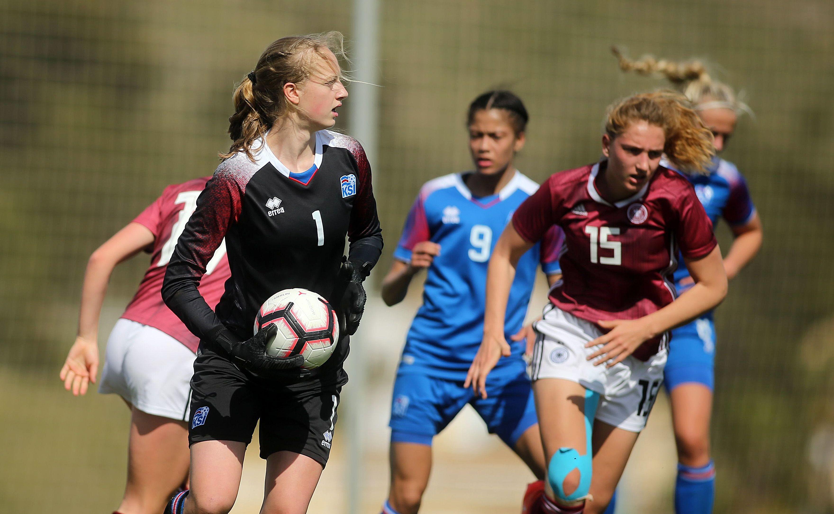 Germany v Iceland - U19 Women's Tournament