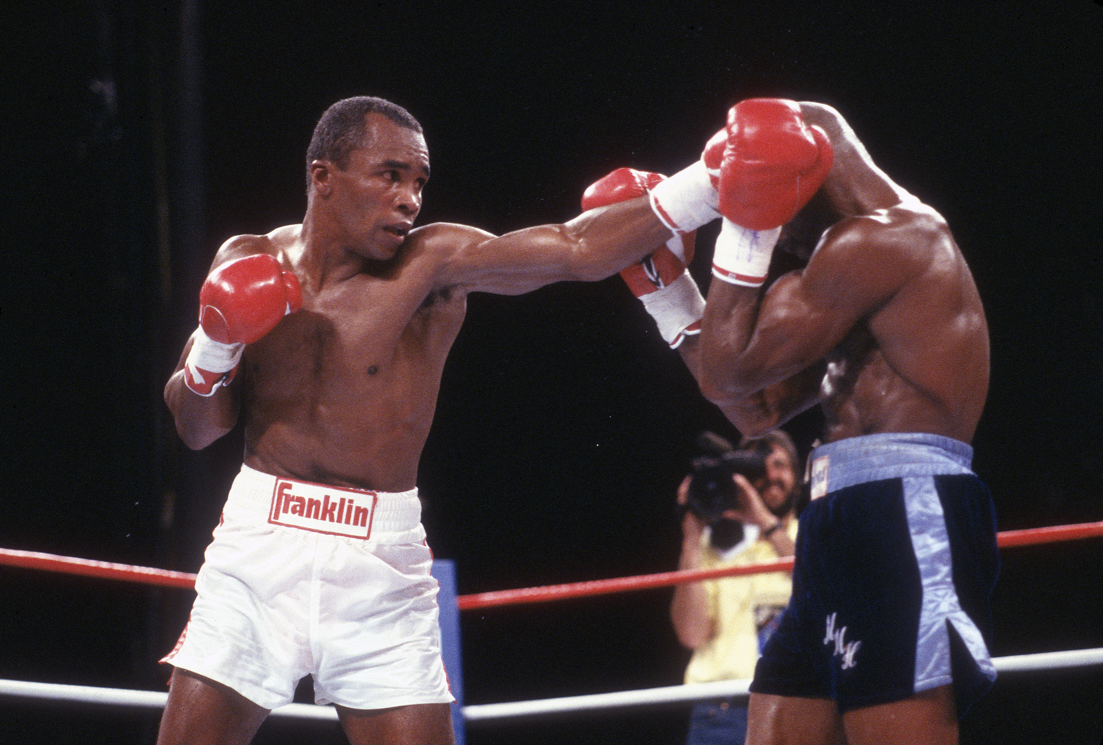 WBC and Ring Middleweight Title Fight - Sugar Ray Leonard v Marvin Hagler