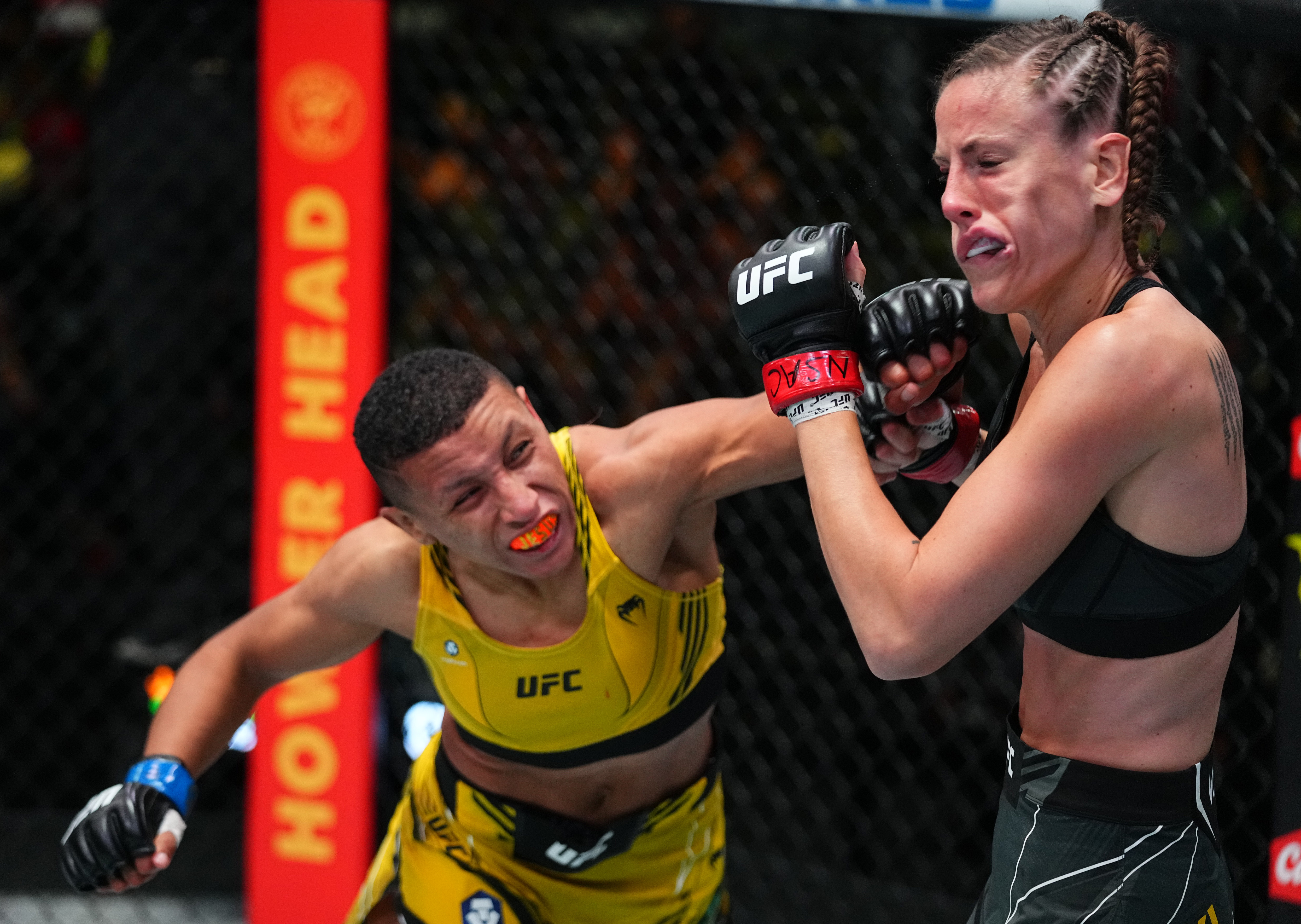 Josiane Nunes knocked out Bea Maleck at UFC Vegas 34.