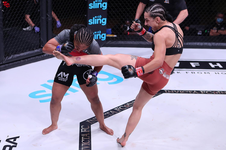 Emily Ducote vs. Danielle Taylor at Invicta FC 44.