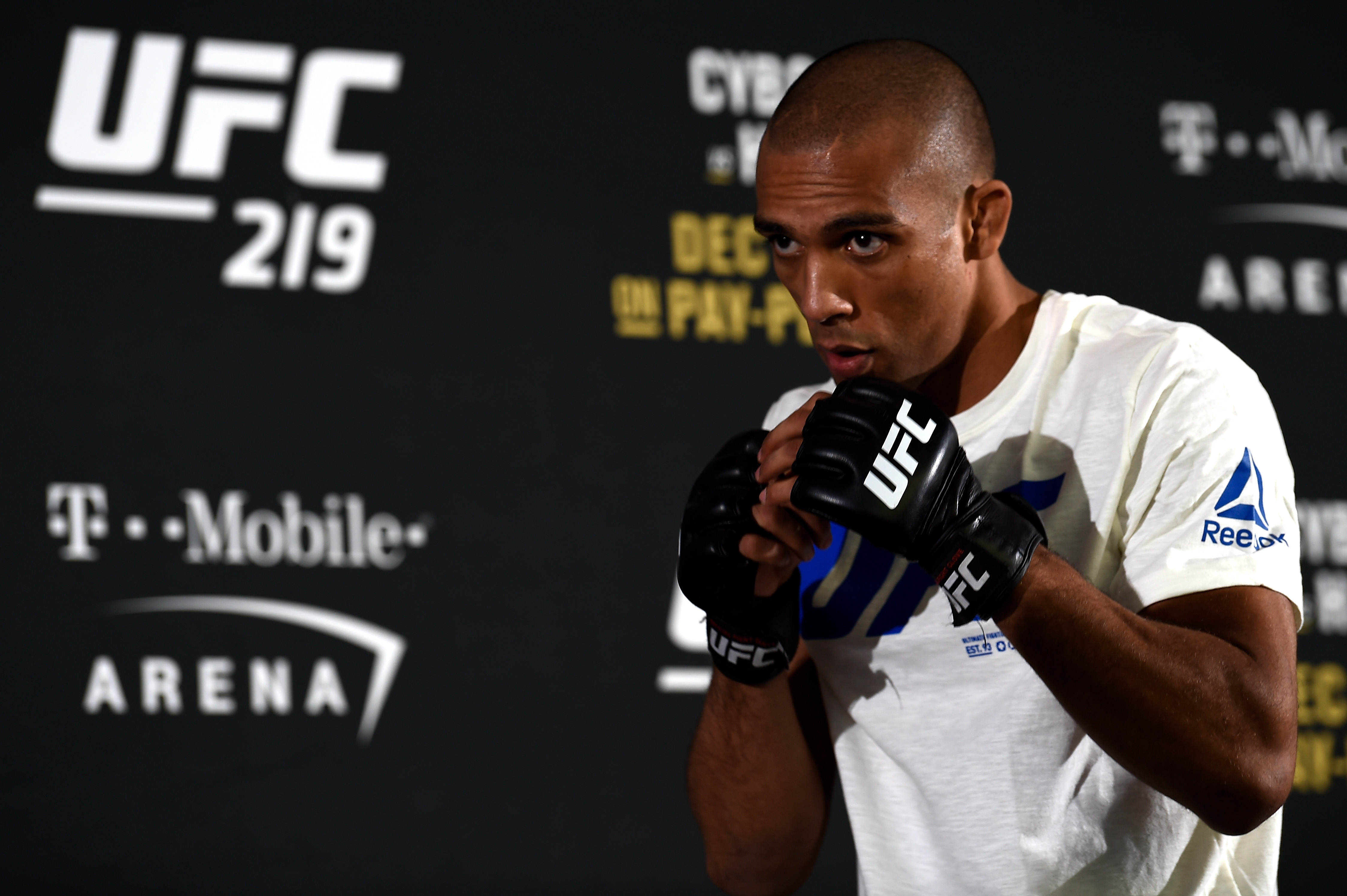 UFC 219: Open Workouts