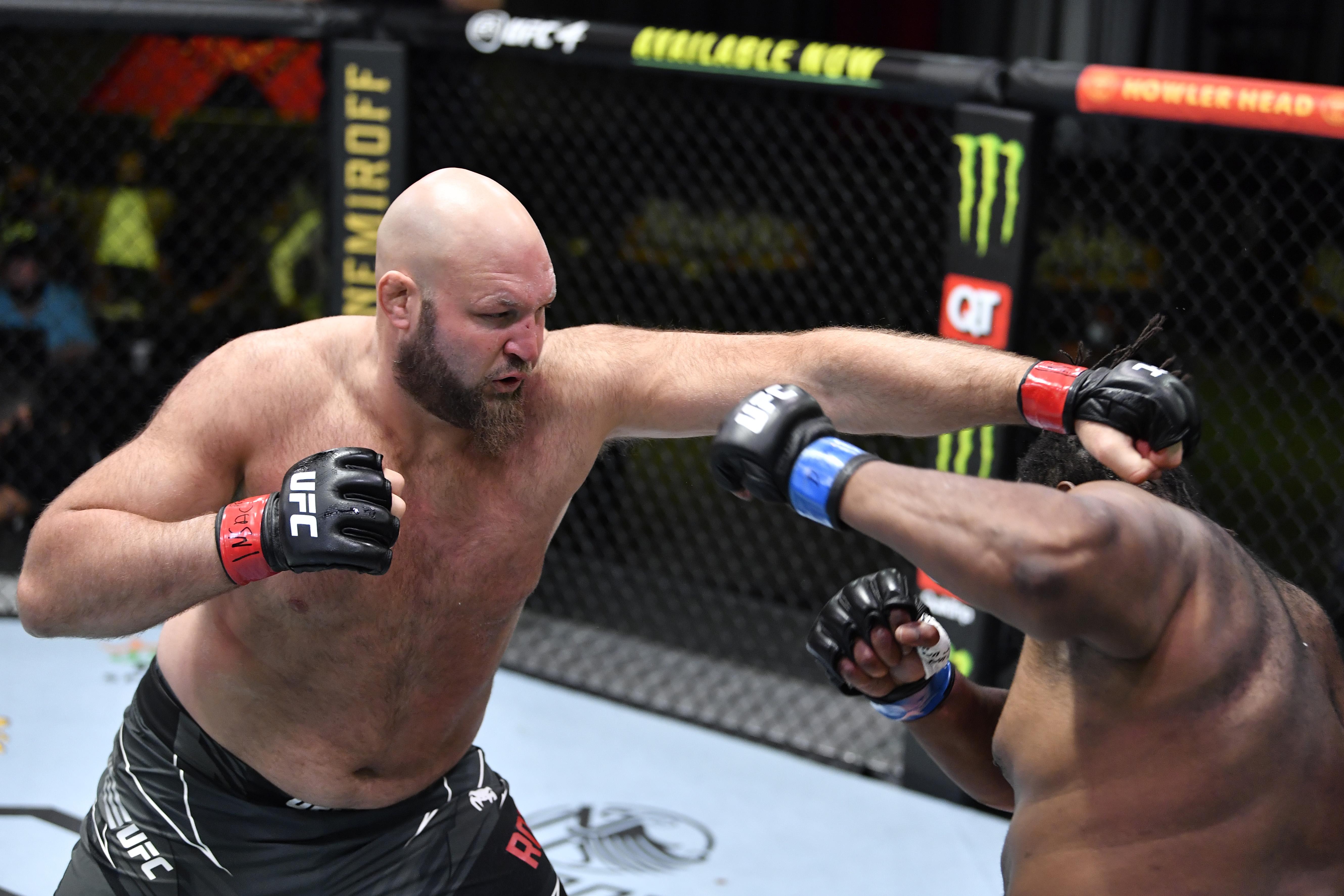 UFC战斗之夜:罗斯韦尔诉巴内特