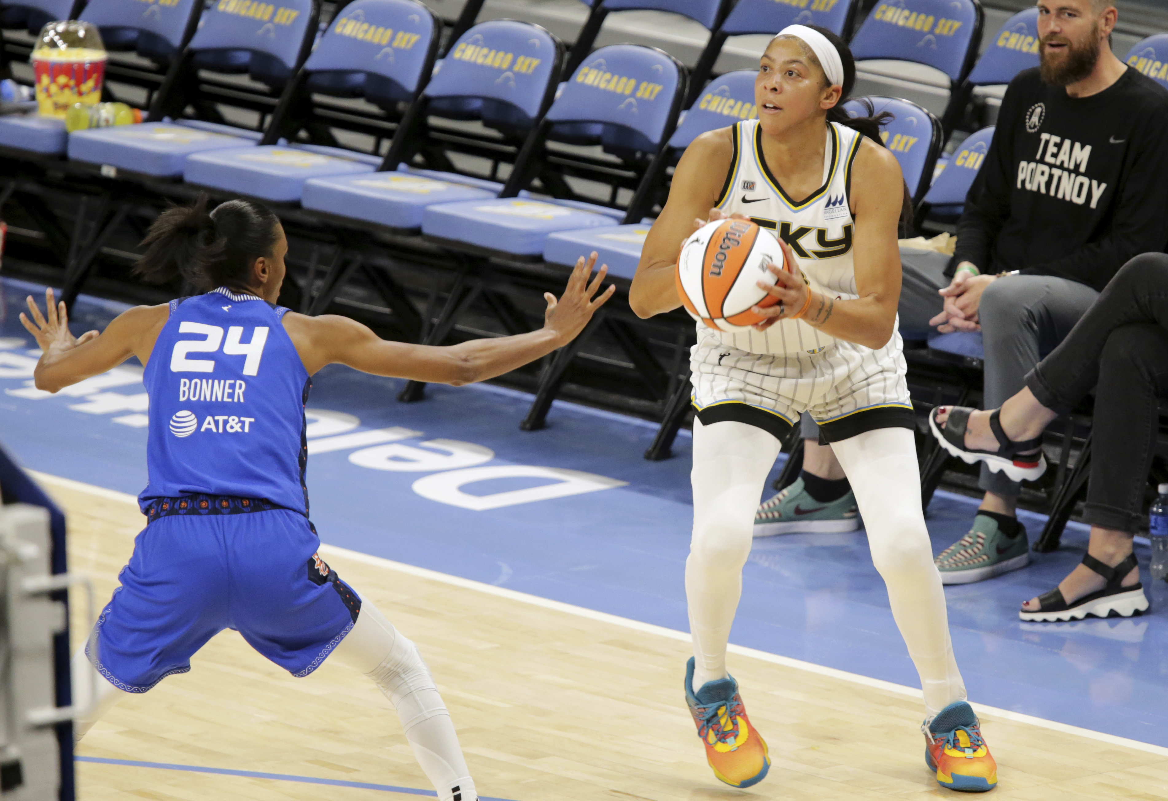 Chicago Sky's Candace Parker, right, looks to shoot during a WNBA game against Connecticut Sun Saturday, June 19, 2021 in Chicago. (AP Photo/Eileen T. Meslar) ORG XMIT: NYOTK