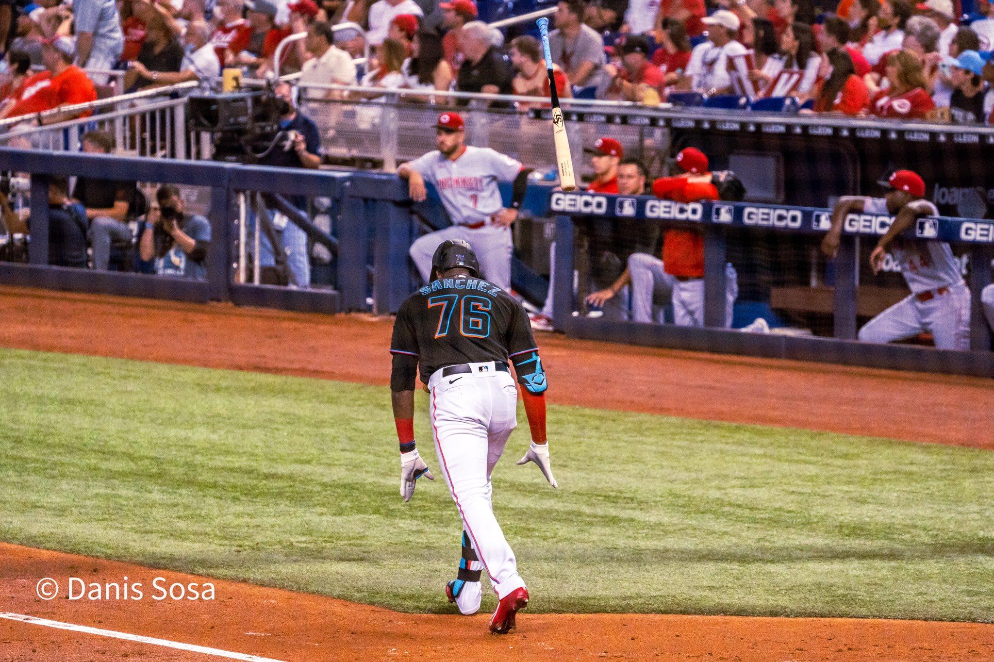 Marlins outfielder Jesús Sánchez flips his bat after hitting a home run