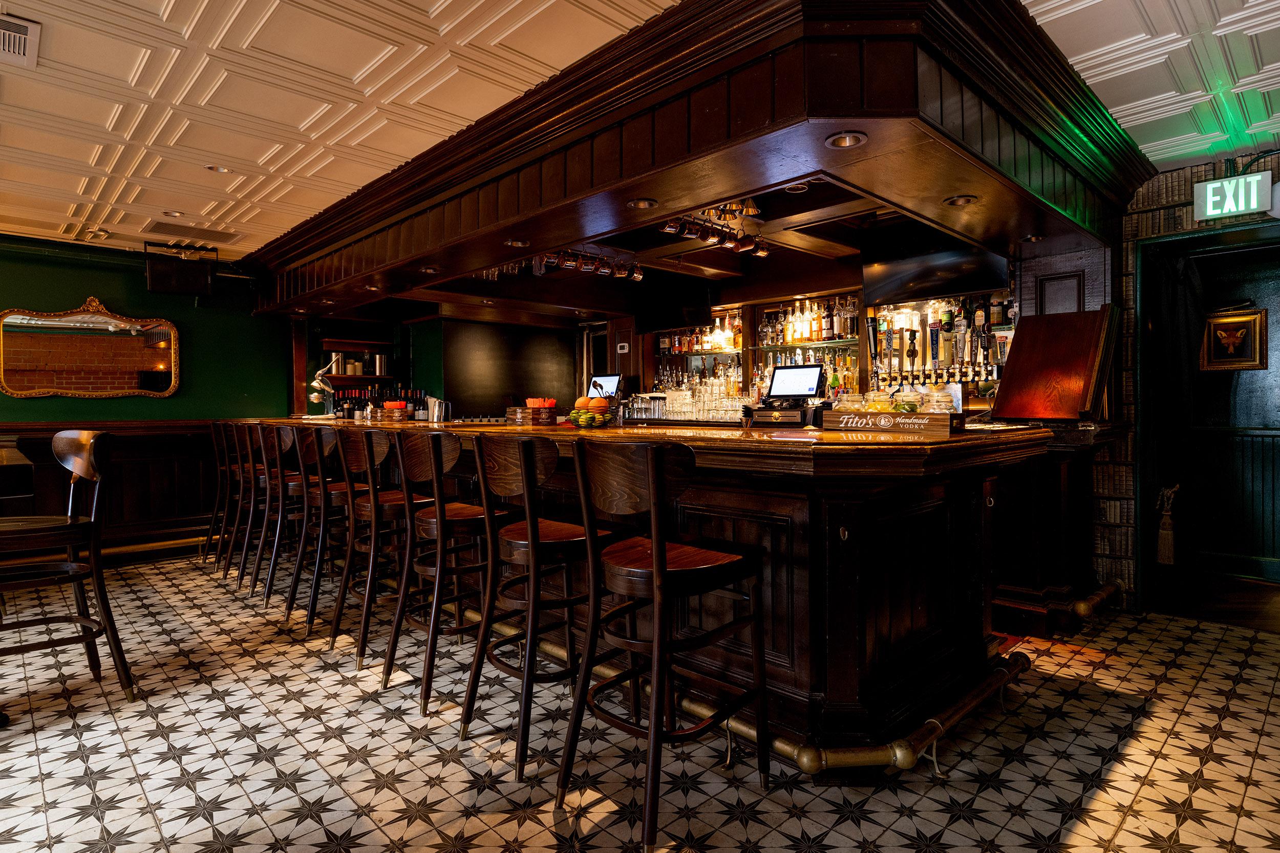 The bar at Fox and Farrow in Hermosa Beach.