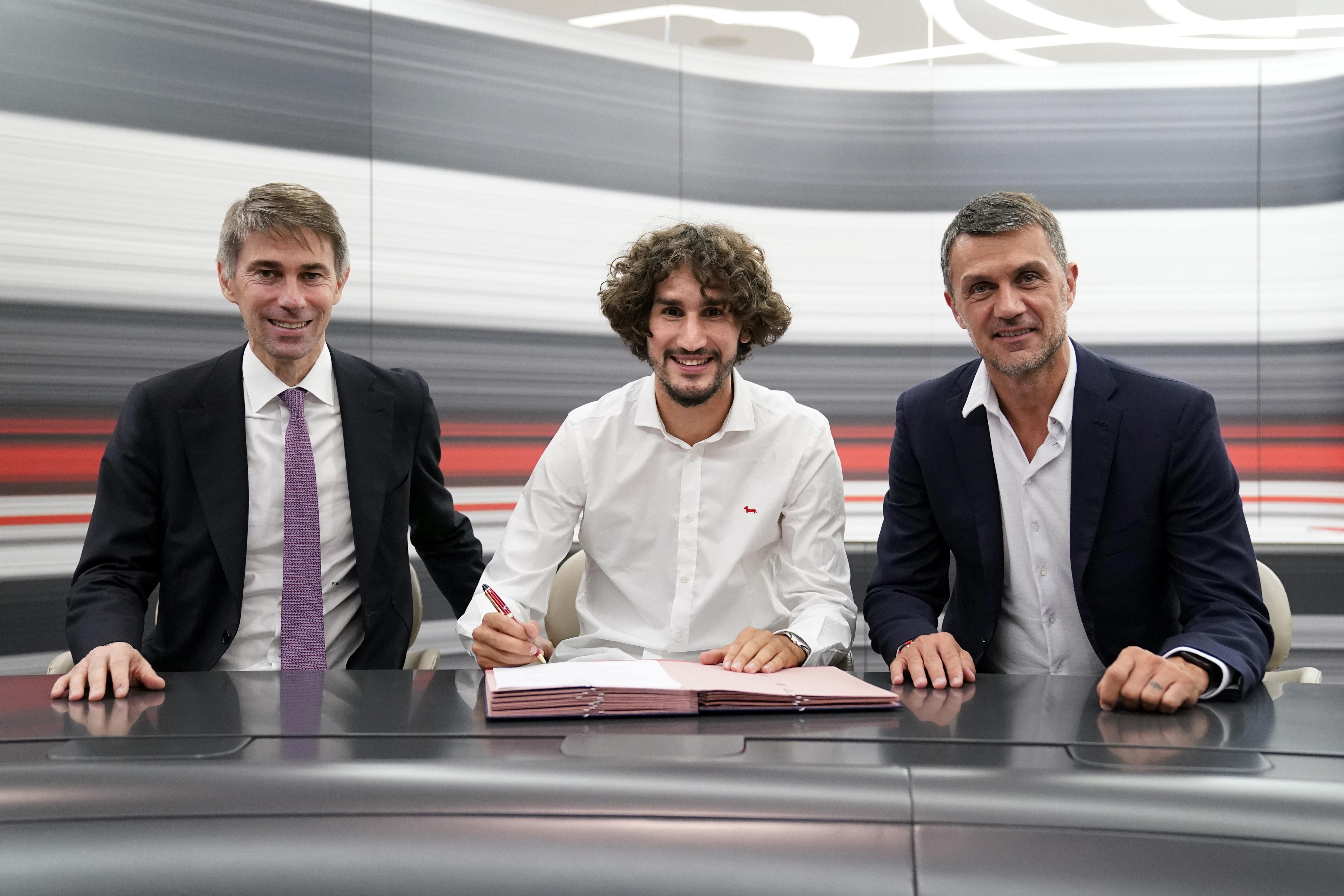 AC Milan Unveil New Signing Yacine Adli