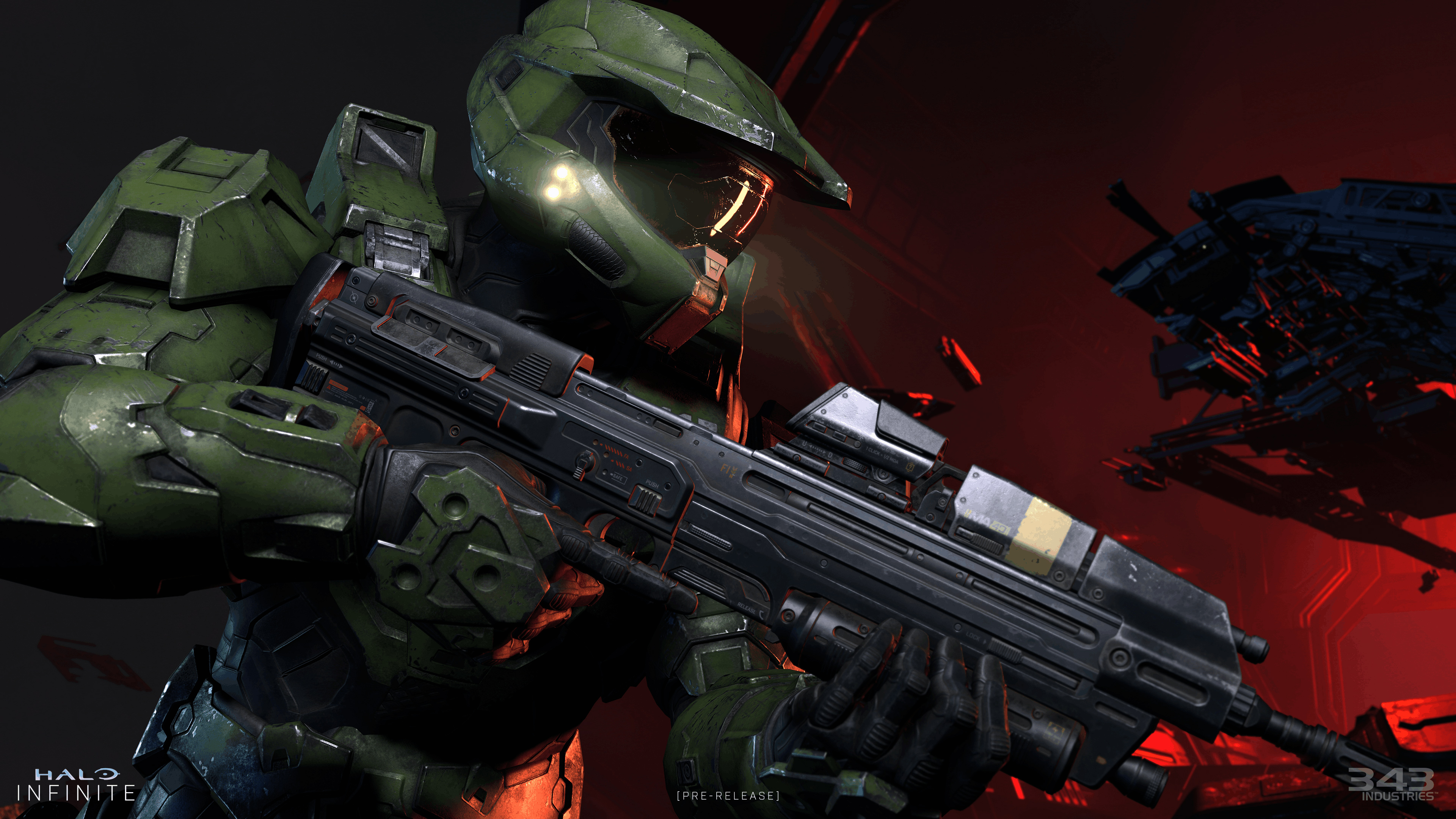 Master Chief holding an MA40 assault rifle in Halo Infinite