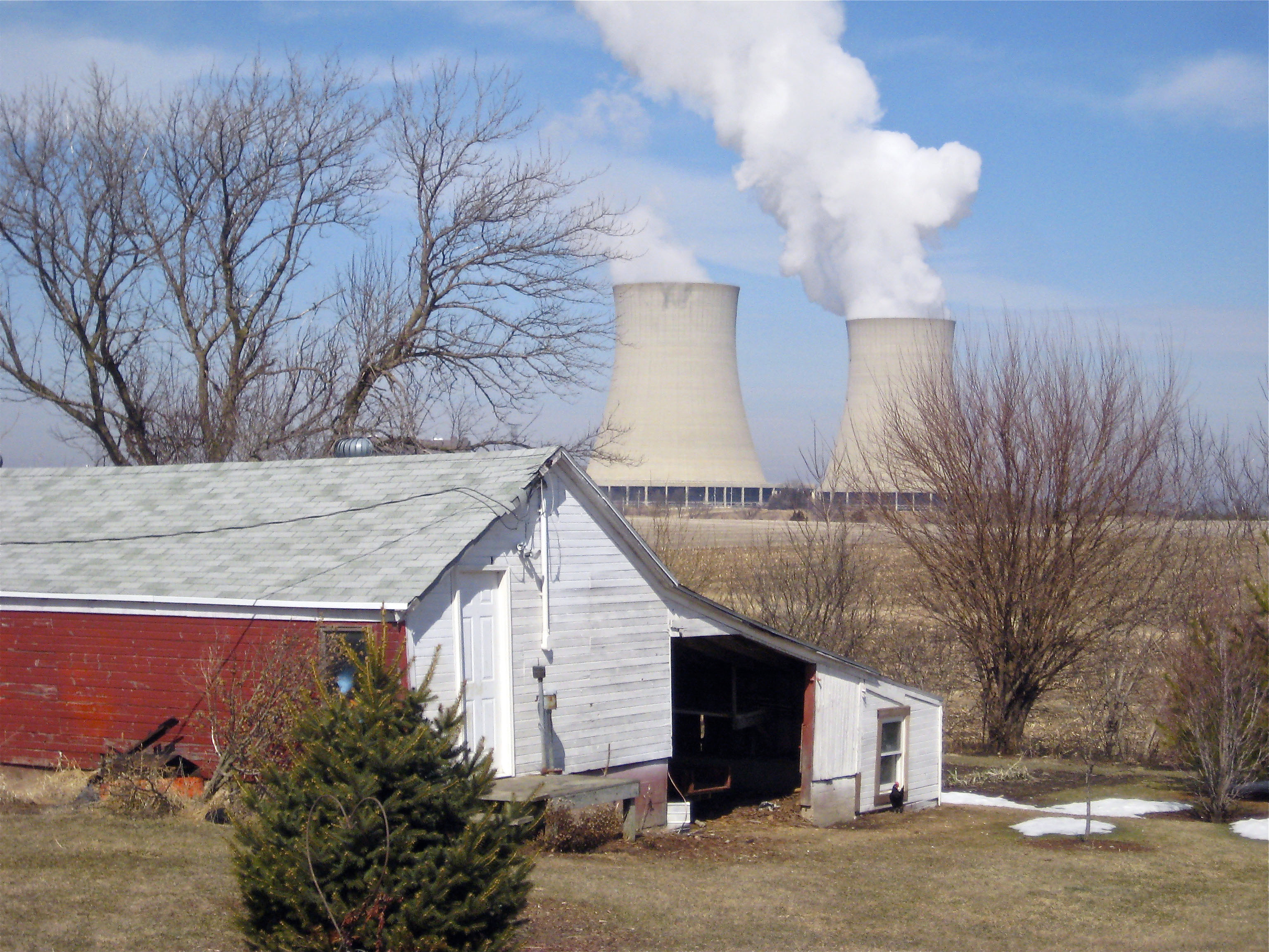 Steam escapes from Exelon Corp.'s nuclear plant in Byron in 2011. A massive energy policy overhaul aimed at making Illinois a fully renewable-energy state by 2050 cleared the Senate early Wednesday.