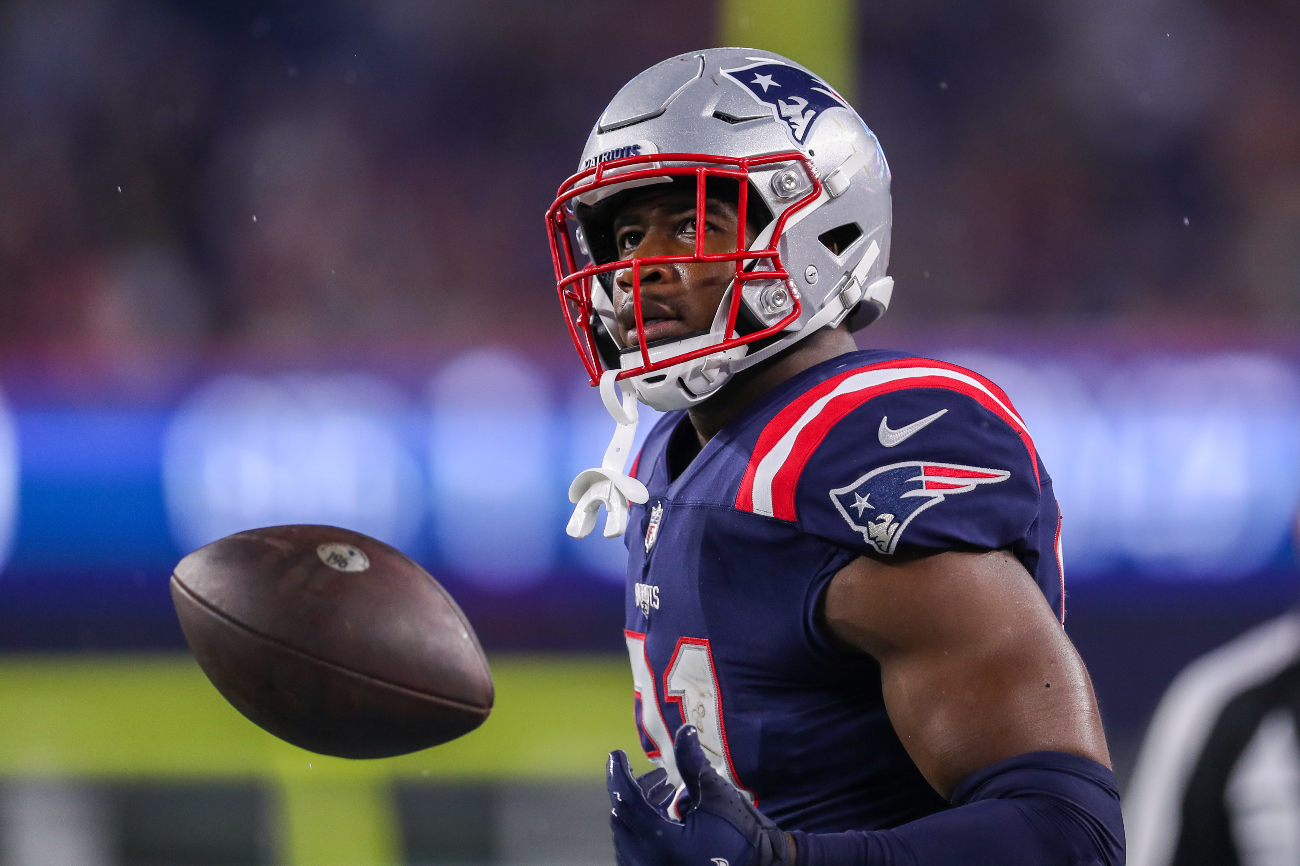 New England Patriots tight end Jonnu Smith (81) reacts during the first half against the Washington Football Team at Gillette Stadium.