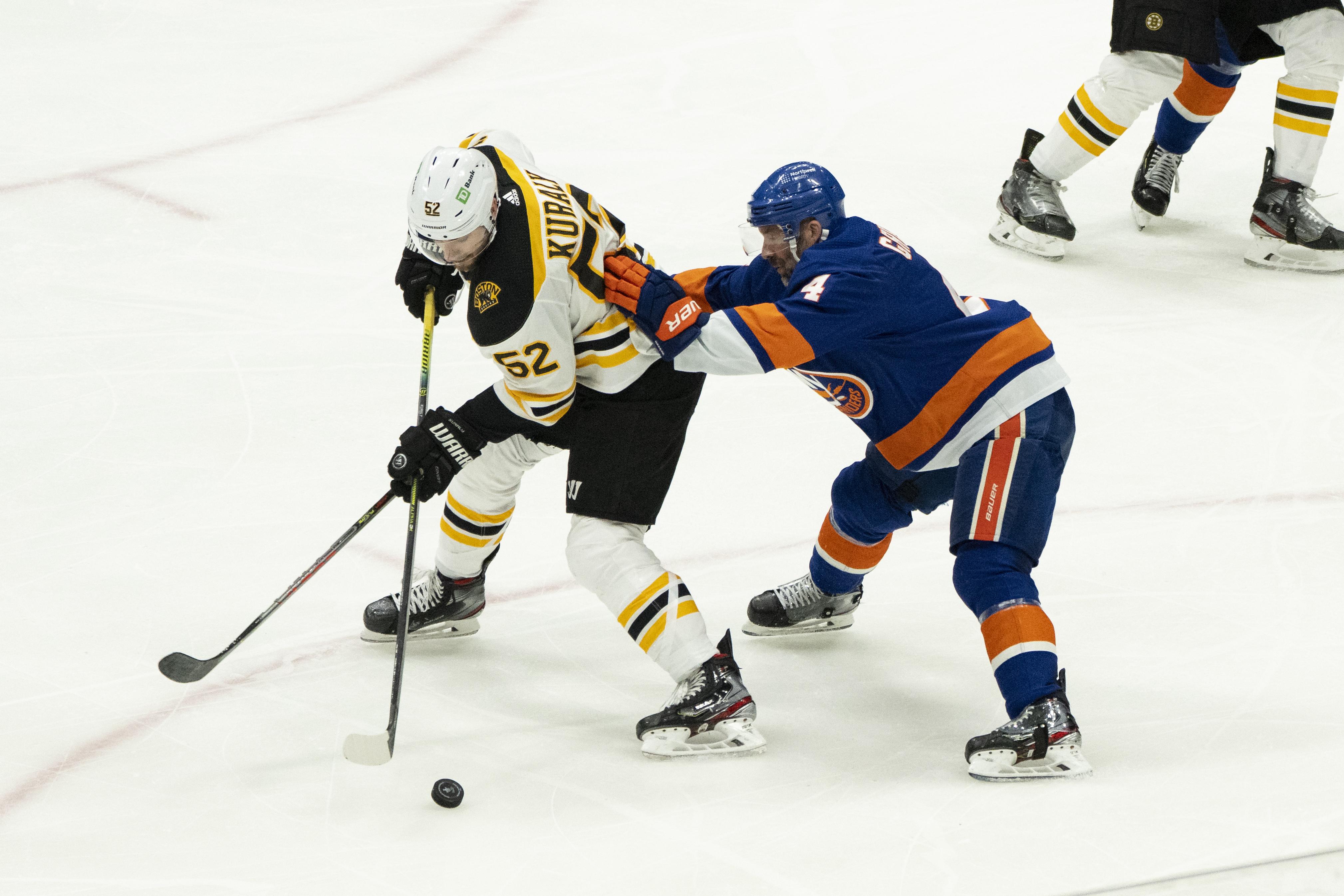 NHL: JUN 09 Stanley Cup Playoffs Second Round - Bruins at Islanders