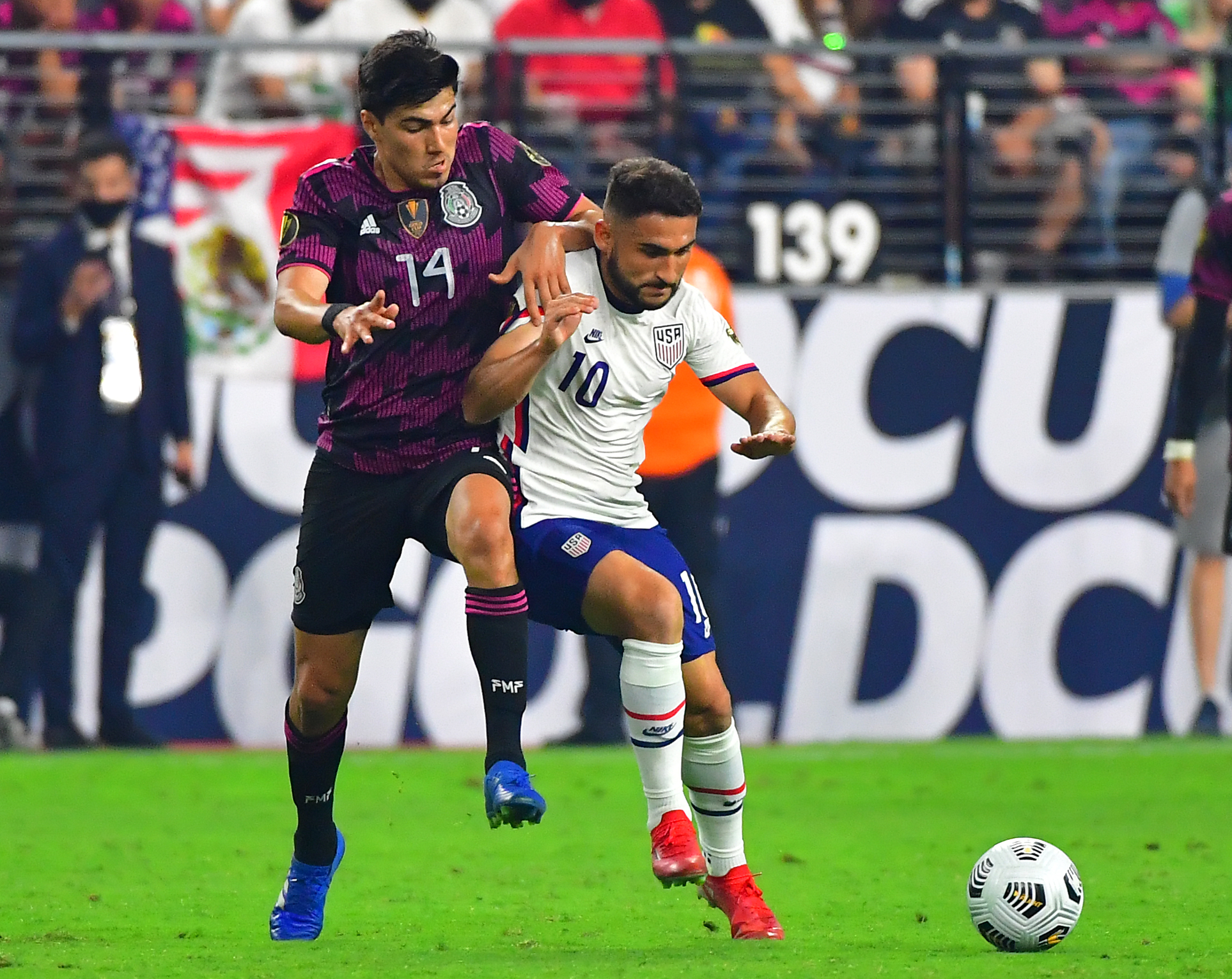 Soccer: CONCACAF Gold Cup Soccer-USA at Mexico