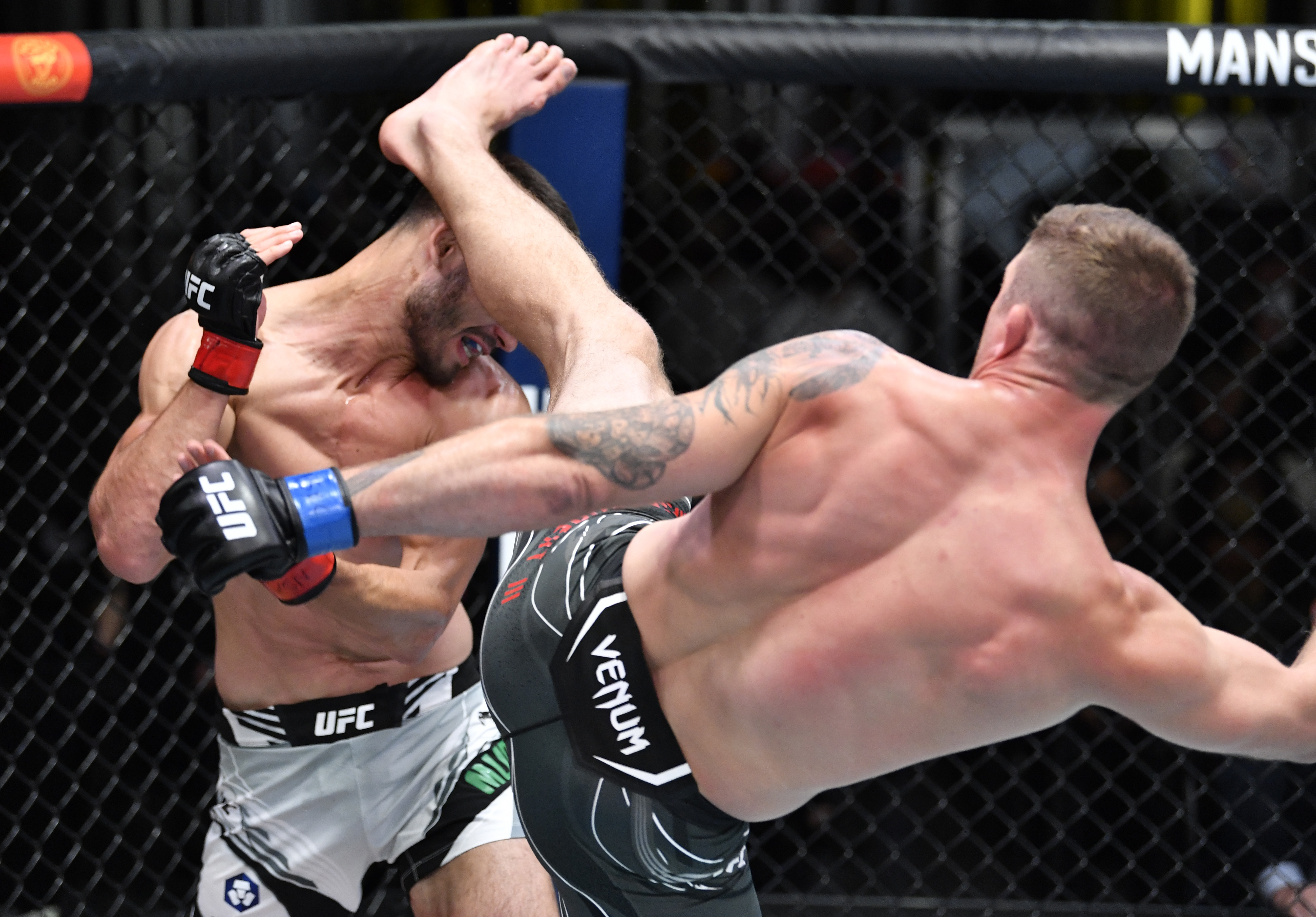 UFC Fight Night: Meerschaert v Muradov