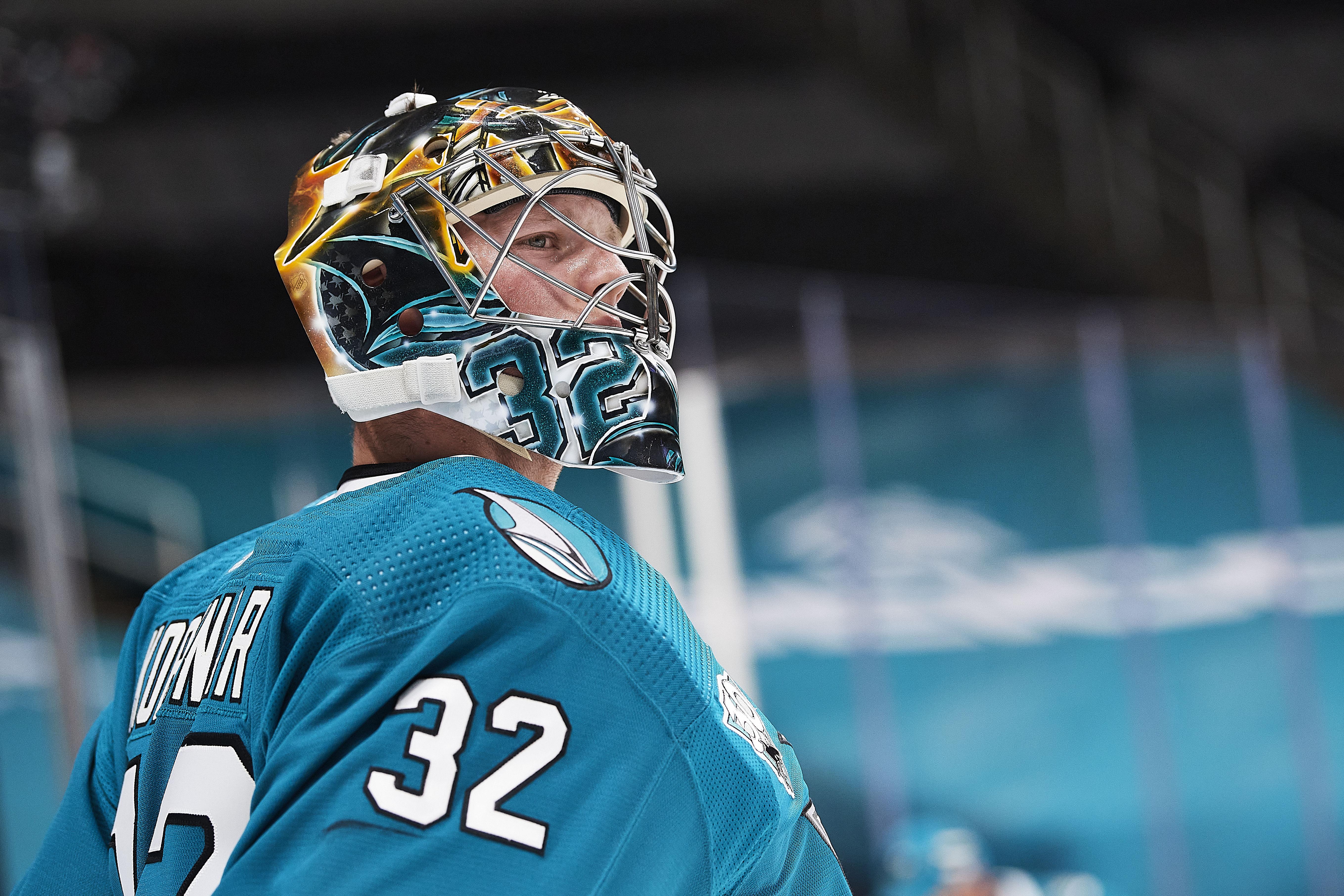 NHL: APR 10 Kings at Sharks