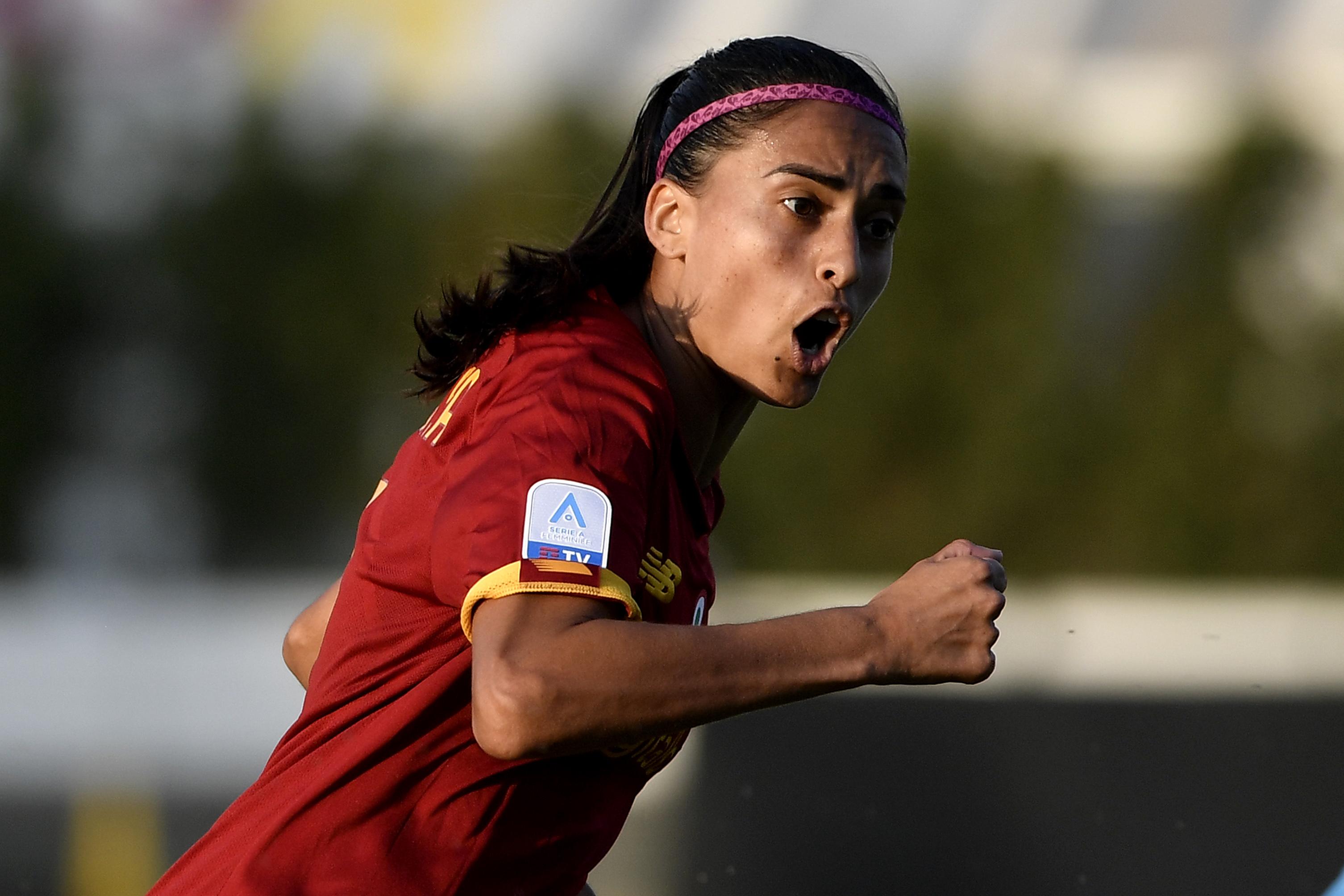 Andressa Alves Da Silva of AS Roma reacts during the Women...
