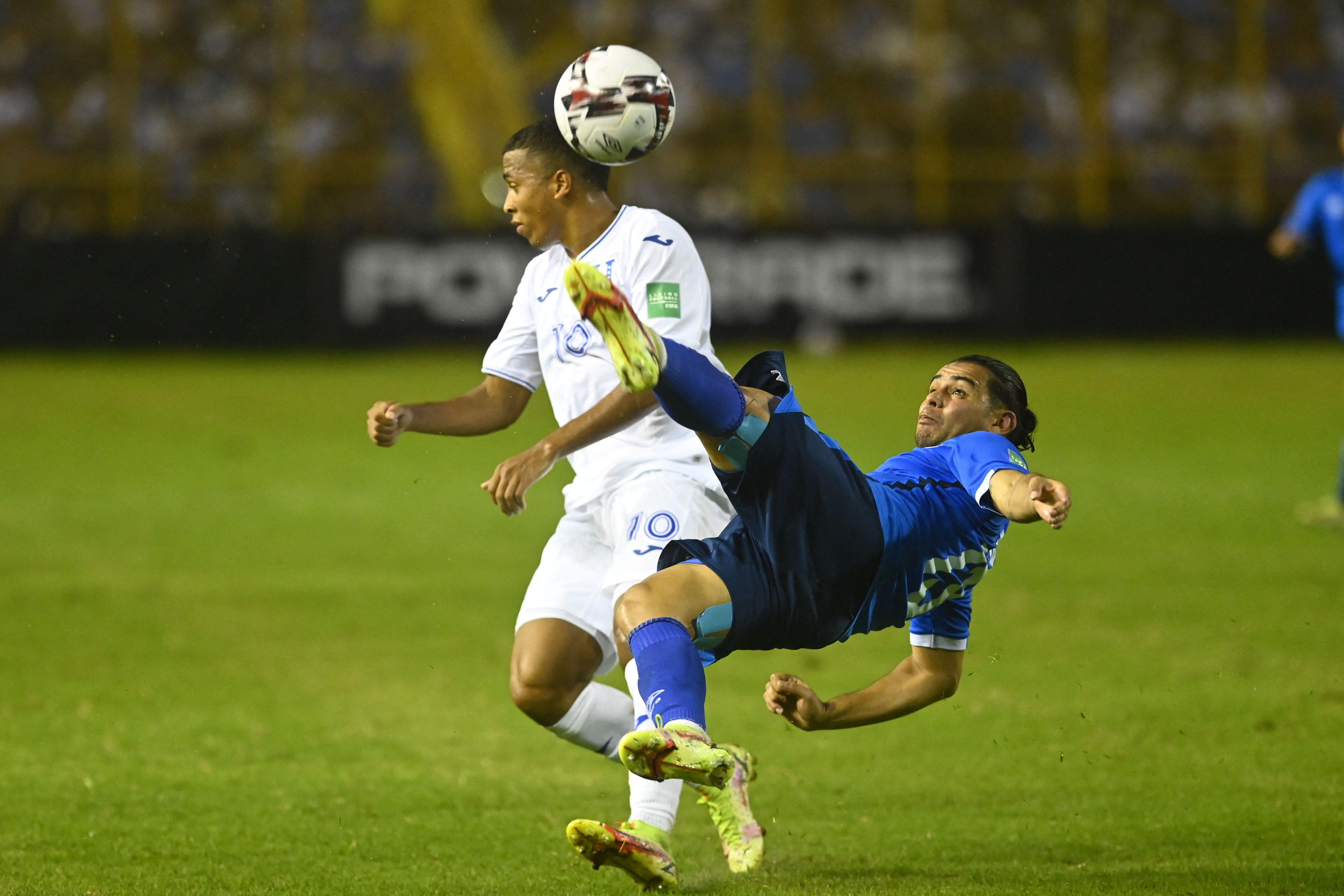 EL SALVADOR-HONDURAS-FBL-WC-2022-QUALIFIERS-SLV-HON