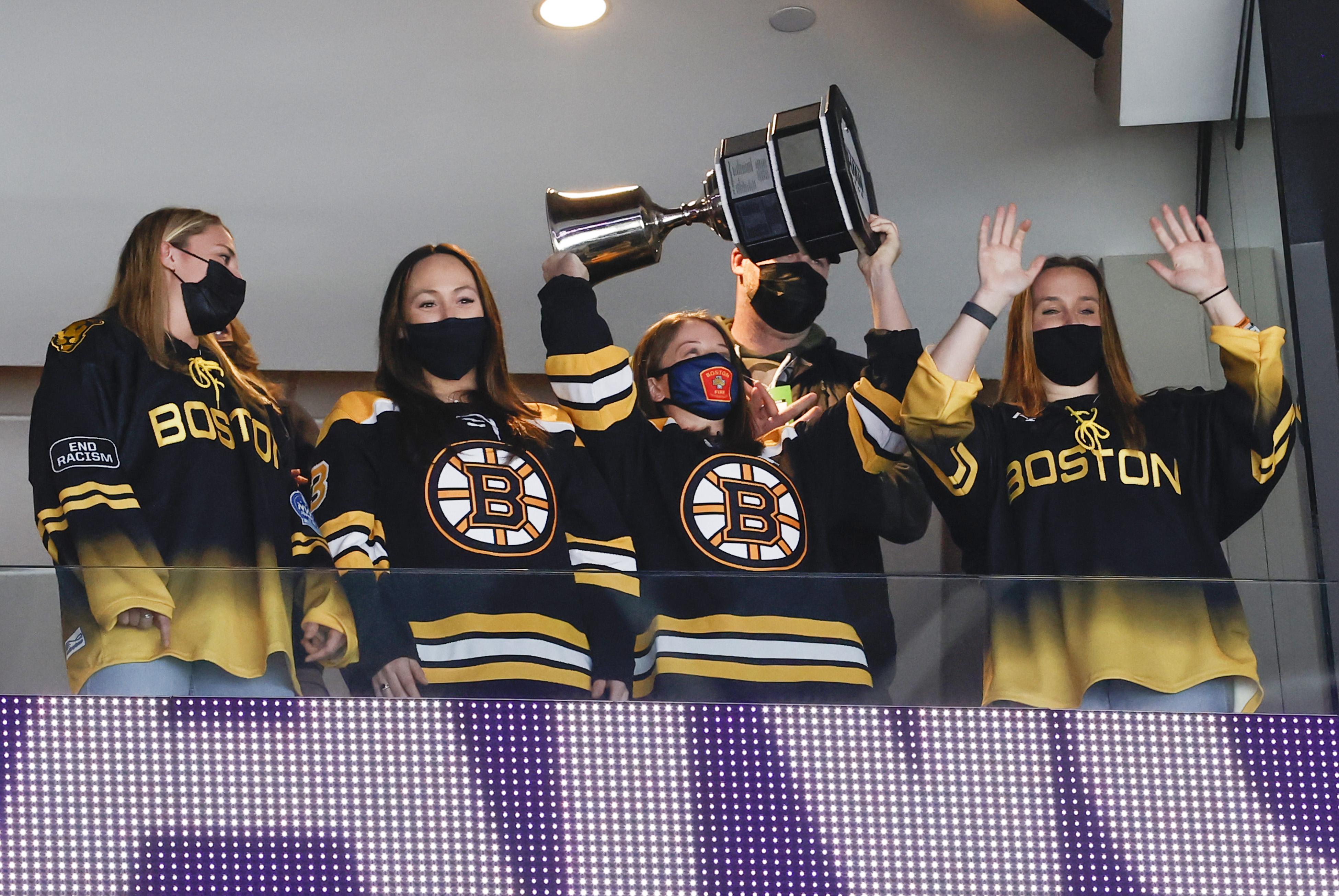 NHL: MAR 30 Devils at Bruins