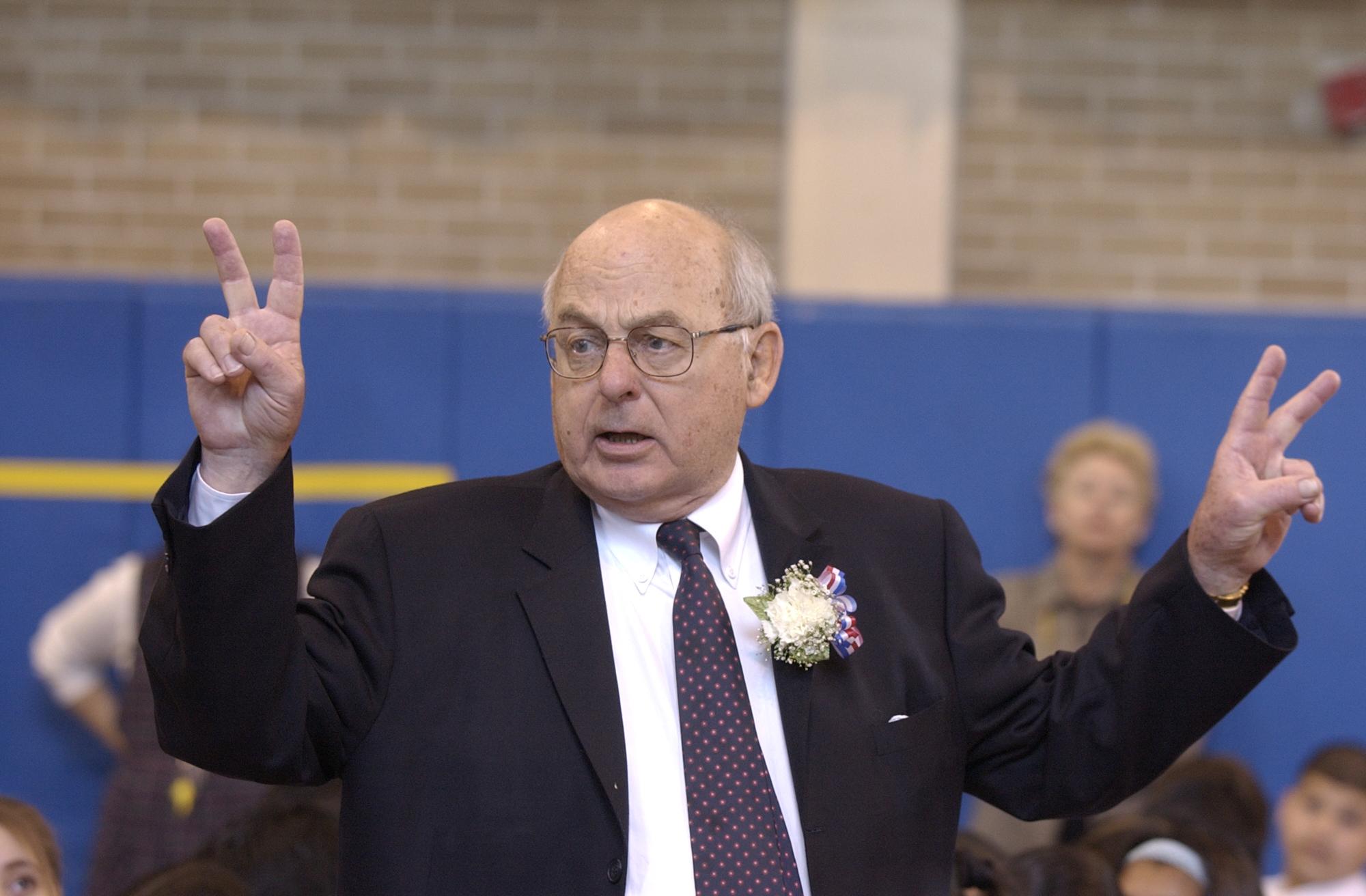 Former Sen. Adlai Stevenson serving as principal for a day at the Adlai Stevenson School on the Southwest Side in 2003.