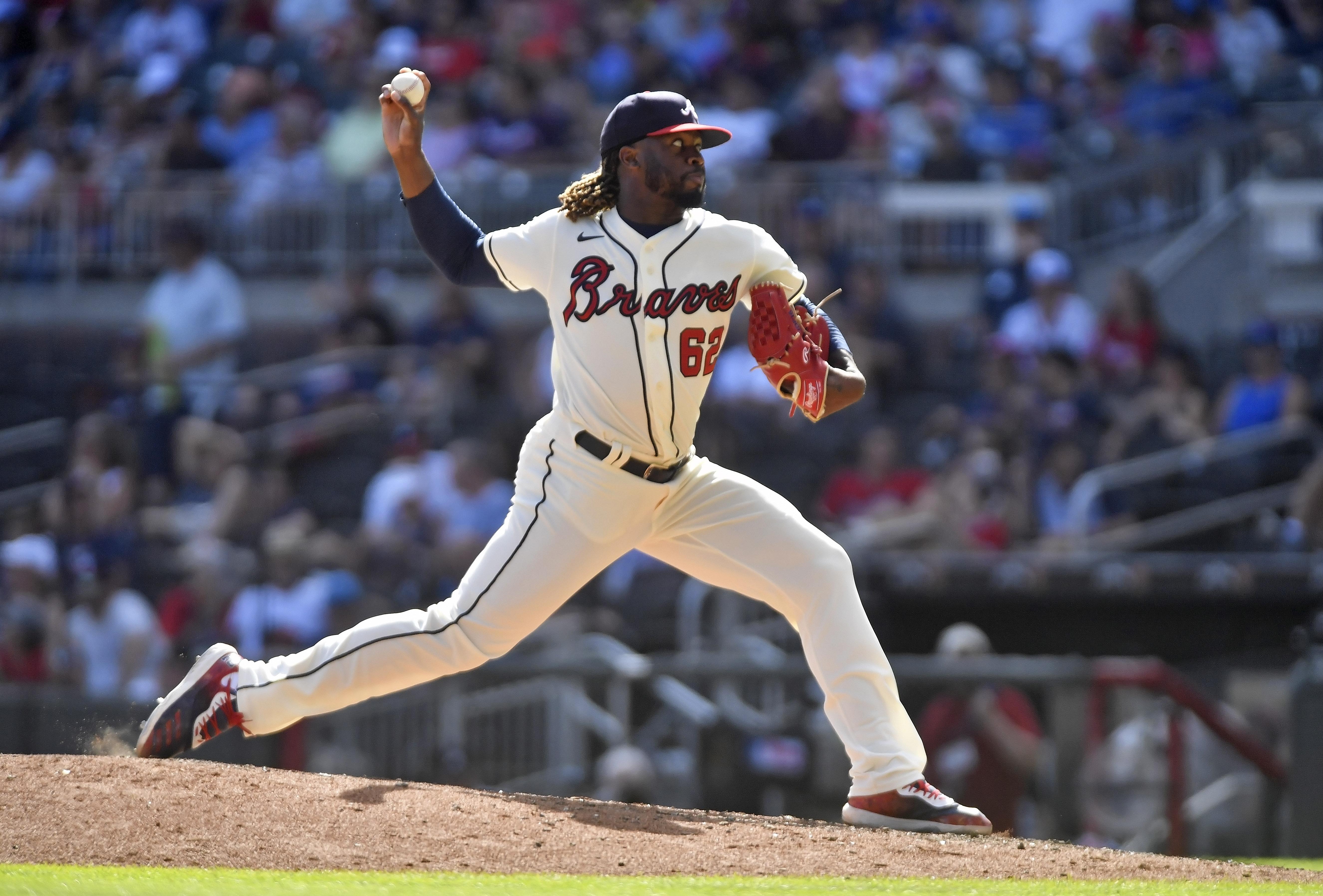 MLB: AUG 29 Giants at Braves