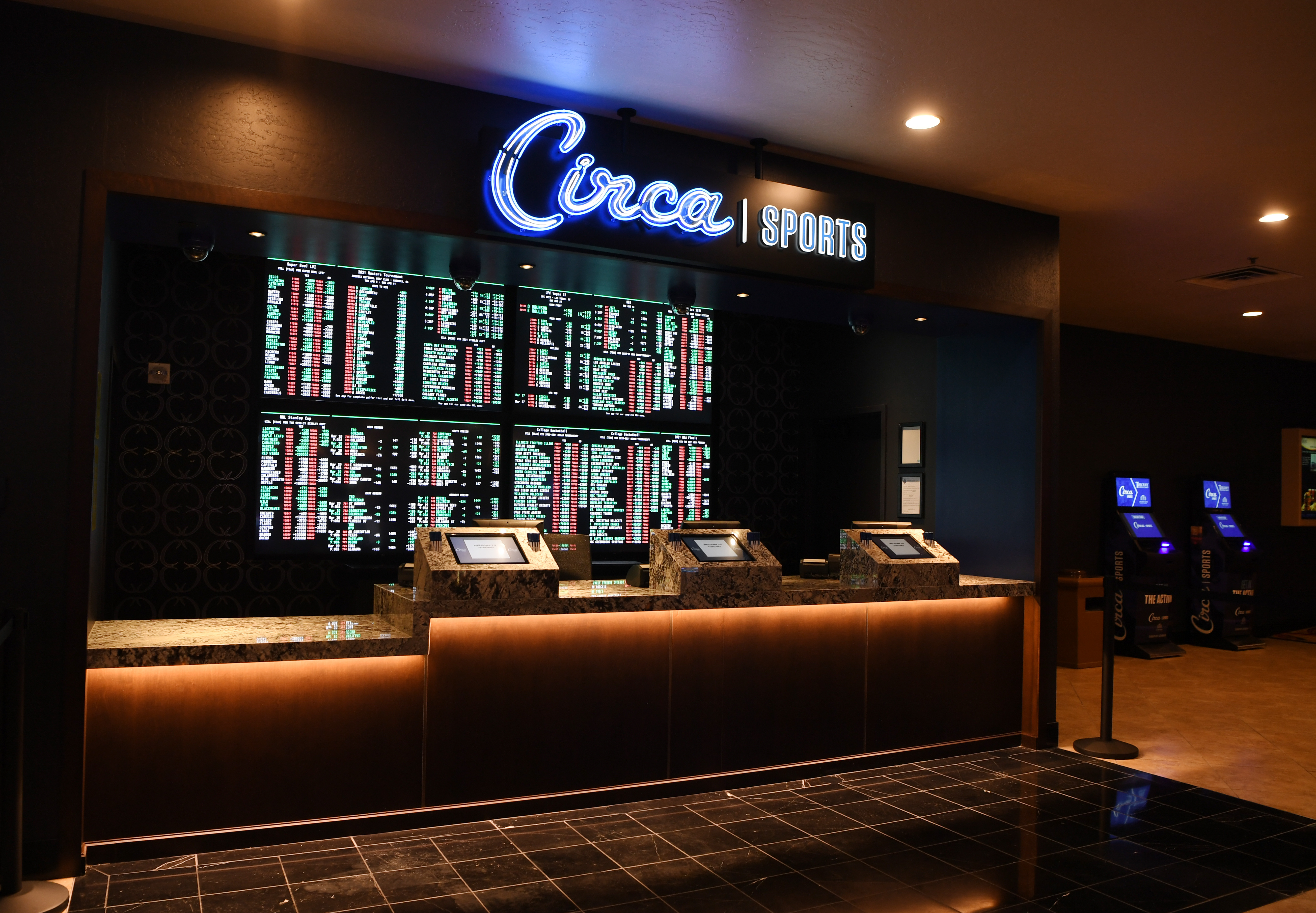 Derek Stevens' Circa Sports Continues Expansion With New Sportsbook At Tuscany Suites & Casino