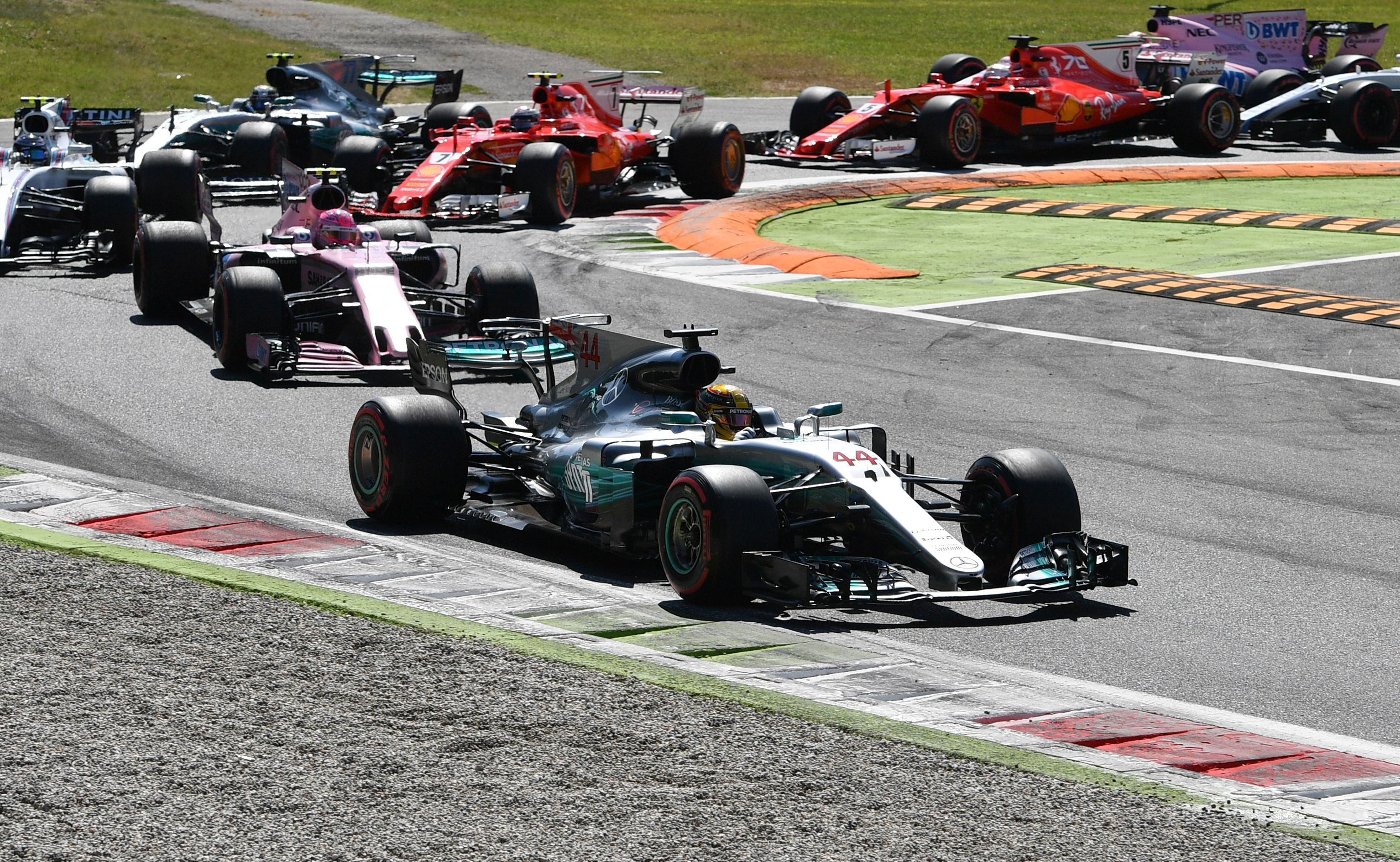 Mercedes' British driver Lewis Hamilton takes the lead during the Italian Formula One Grand Prix at the Autodromo Nazionale circuit in Monza on September 3, 2017.