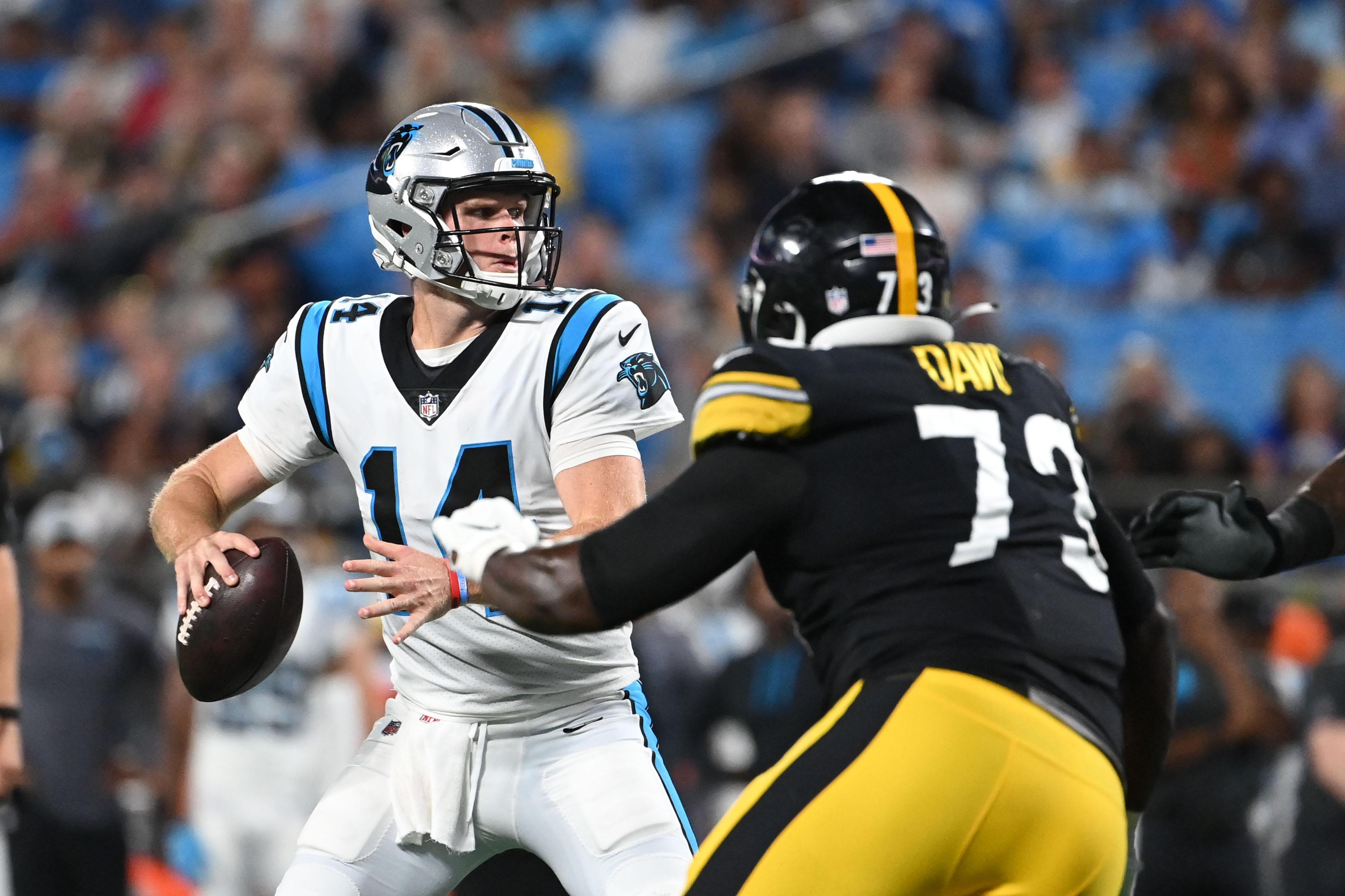 NFL: Pittsburgh Steelers at Carolina Panthers