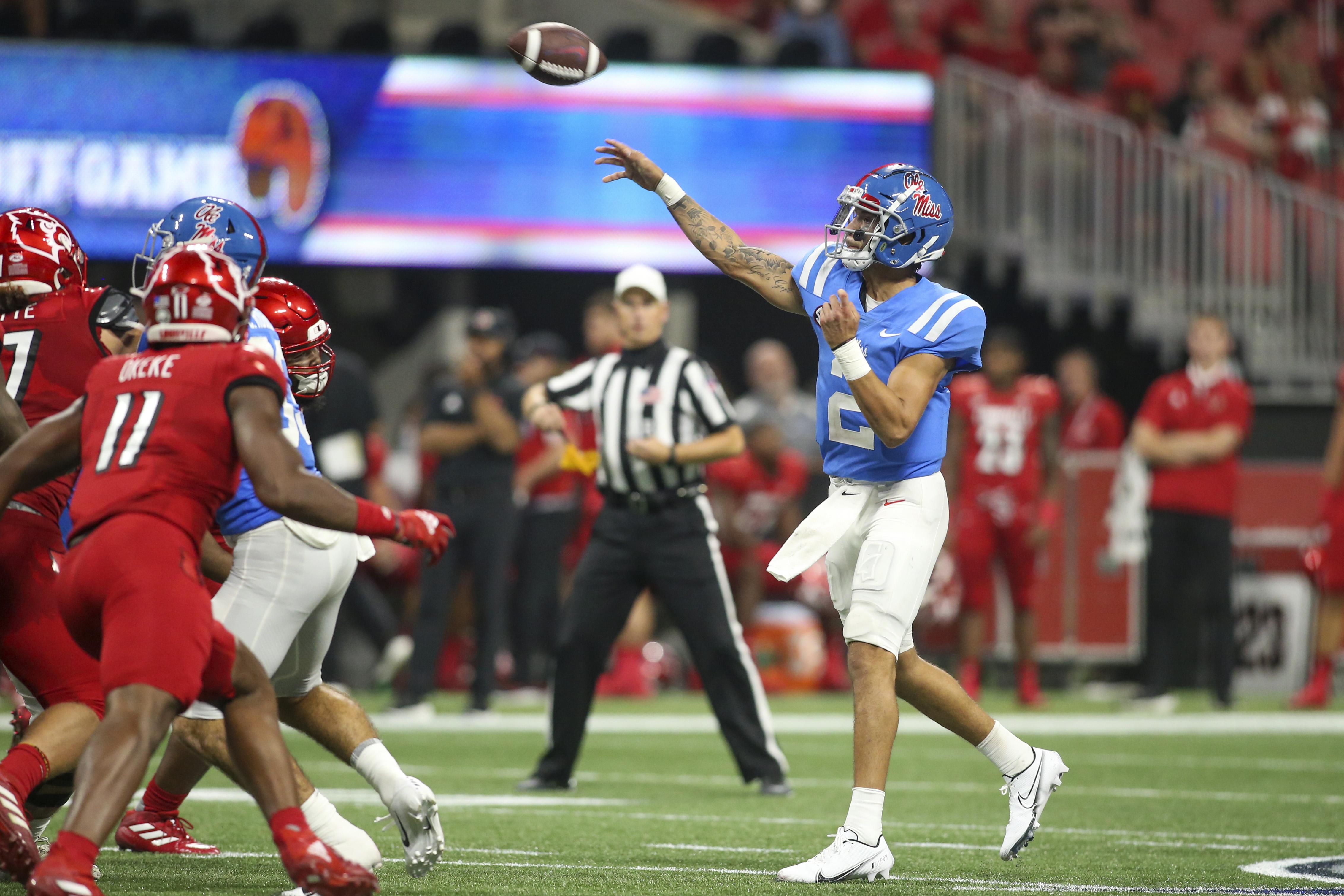 NCAA Football: Louisville at Mississippi