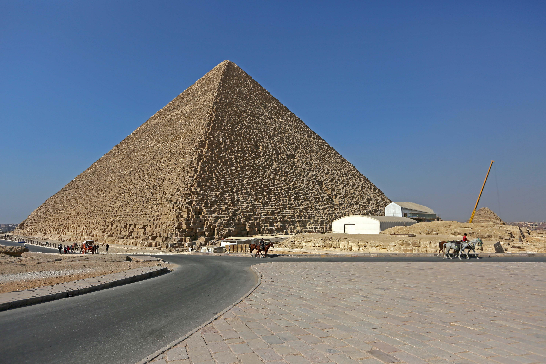 King Khufu's Procession