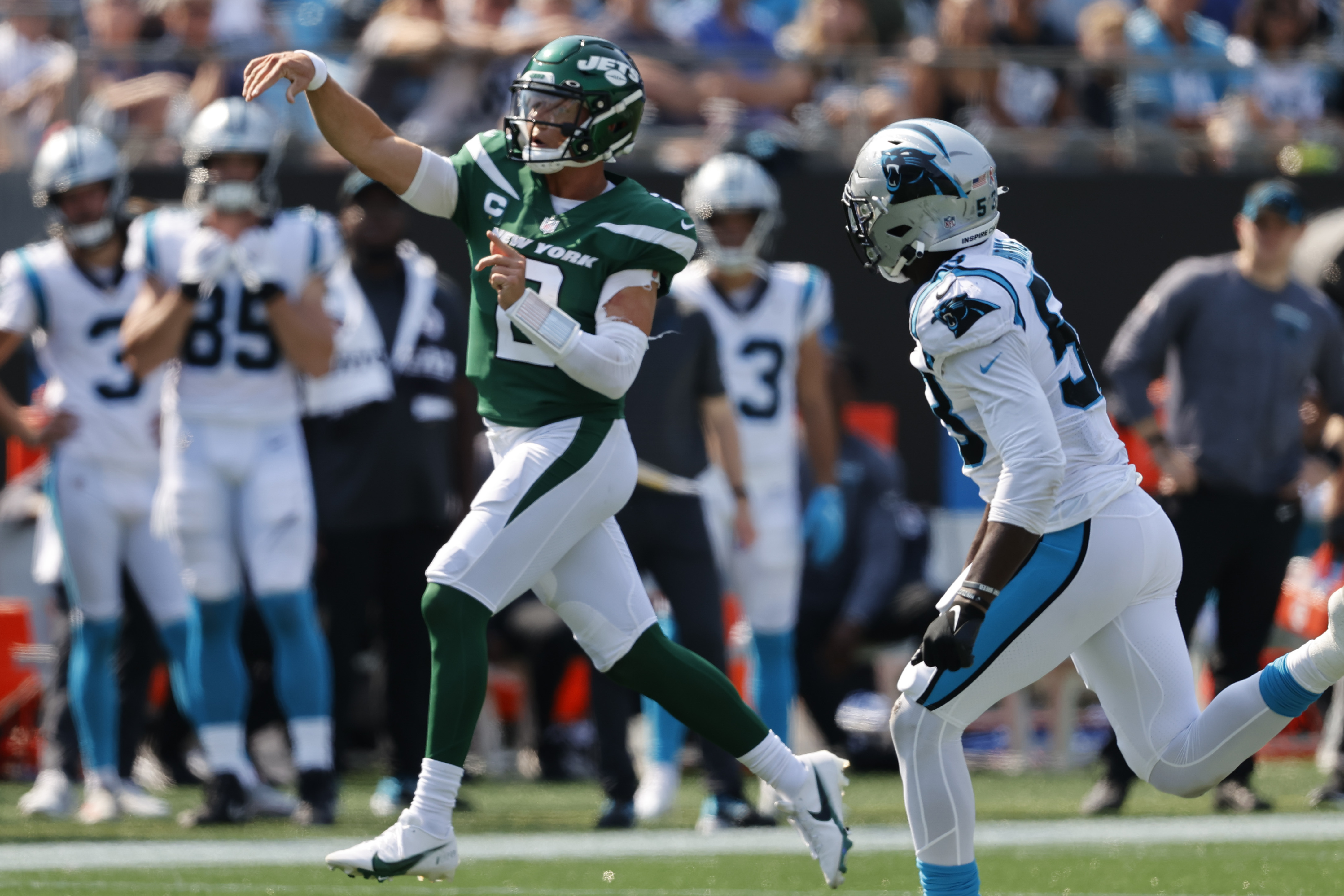 New York Jets quarterback Zach Wilson watches his first NFL touchdown pass during the second half.