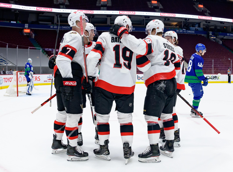 NHL: APR 22 Senators at Canucks